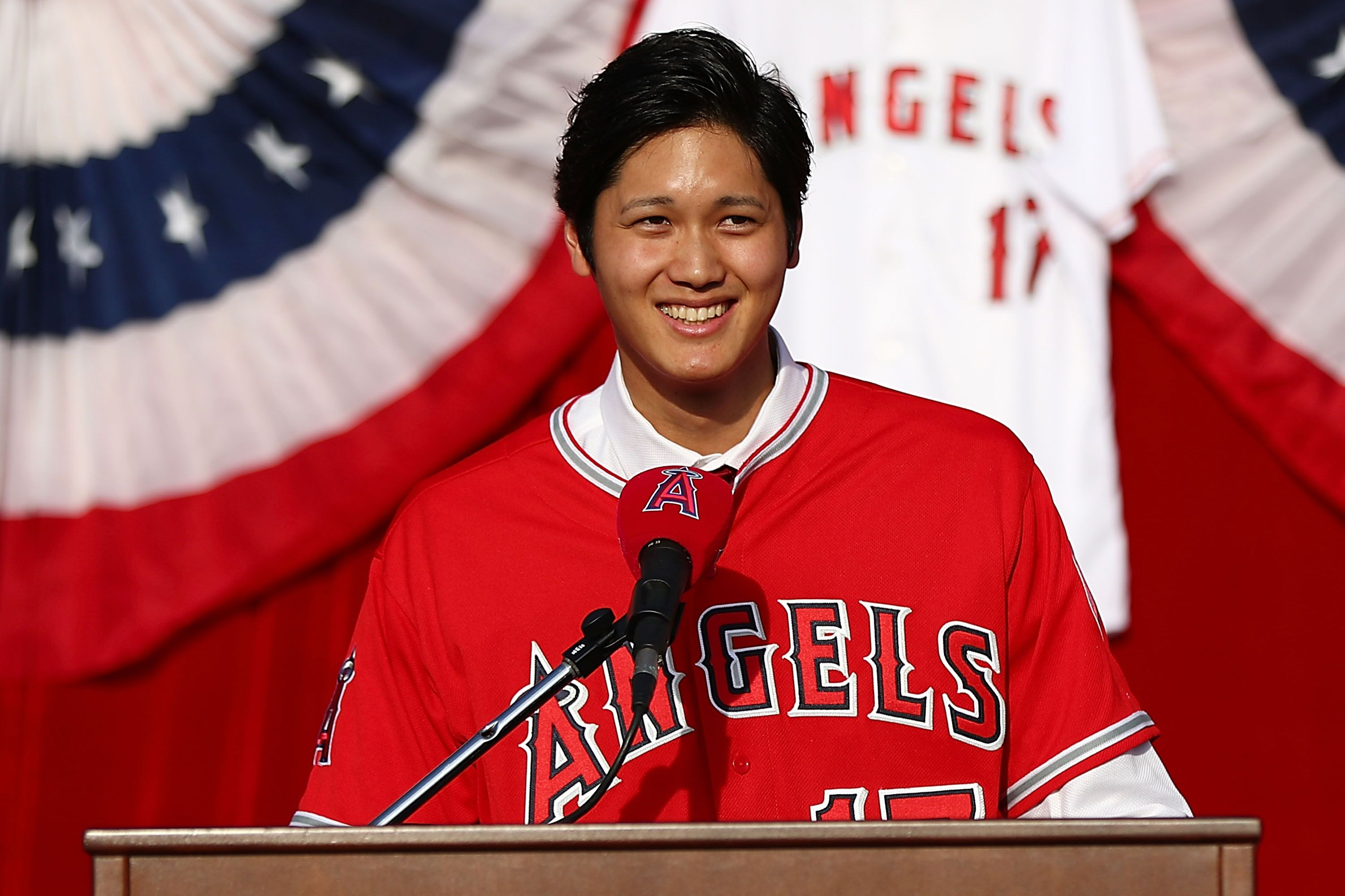 889073650-los-angeles-angels-of-anaheim-introduce-shohei-ohtani.jpg