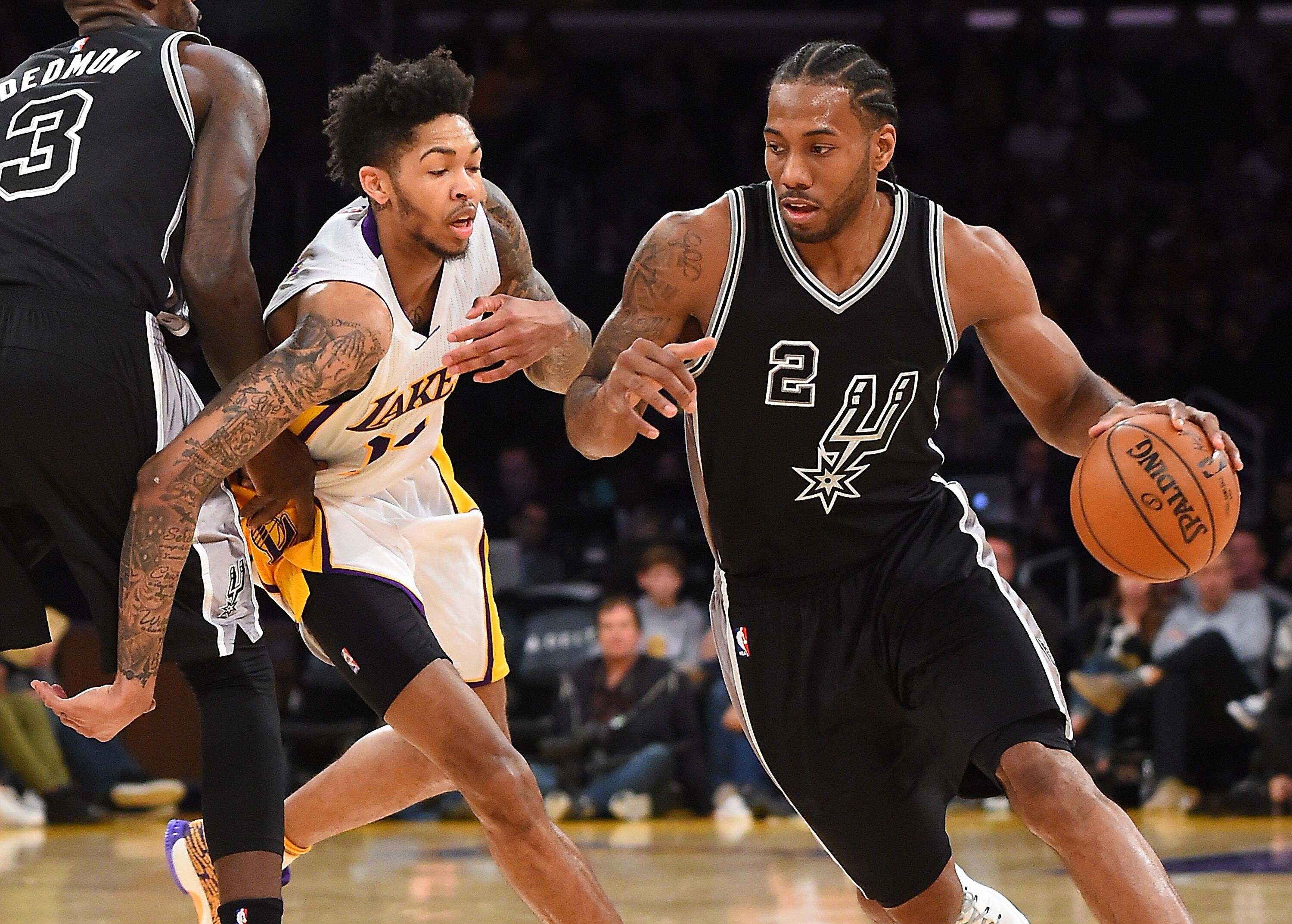 645626792-san-antonio-spurs-v-los-angeles-lakers.jpg