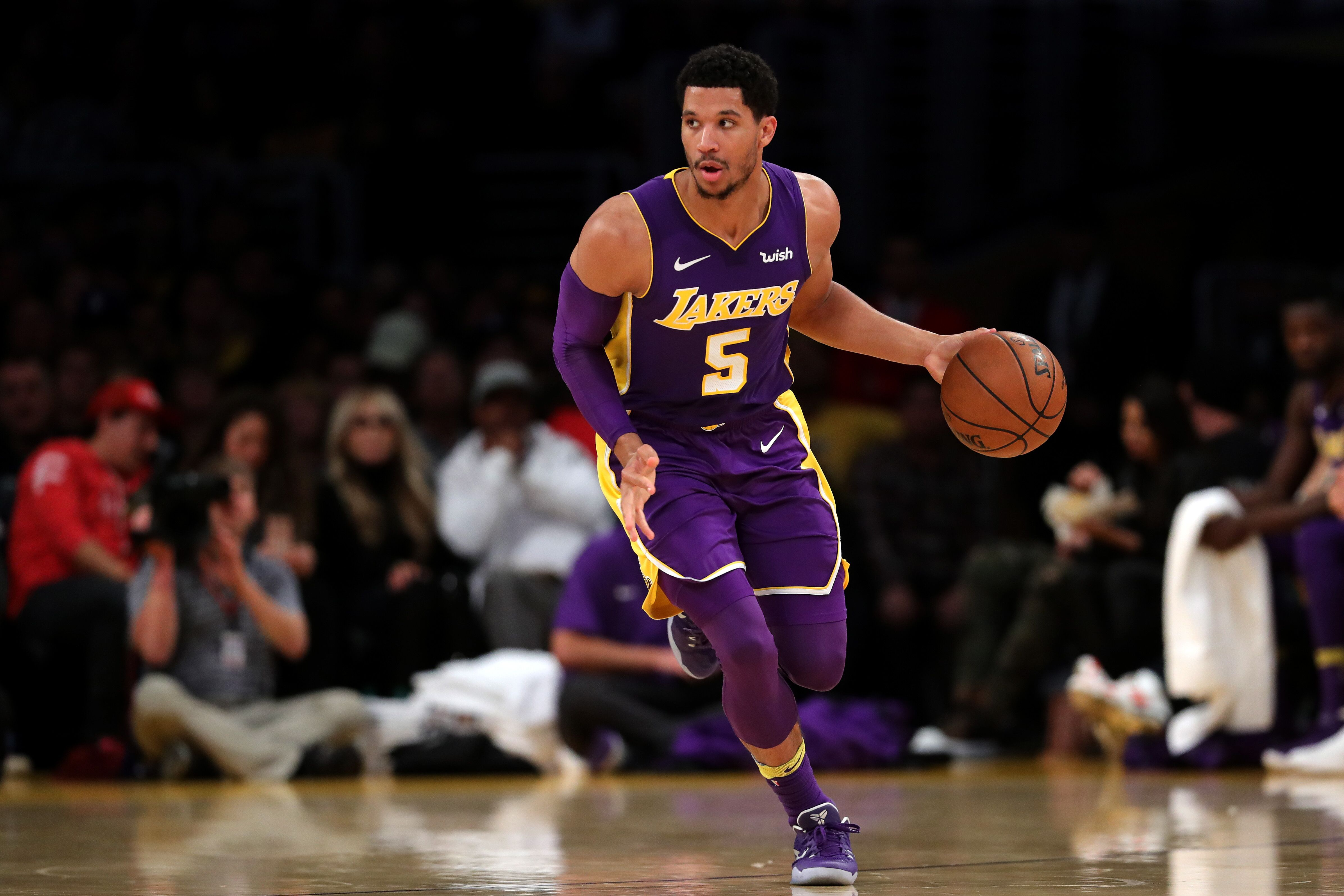 351038376a2 Lakers  rookie guard