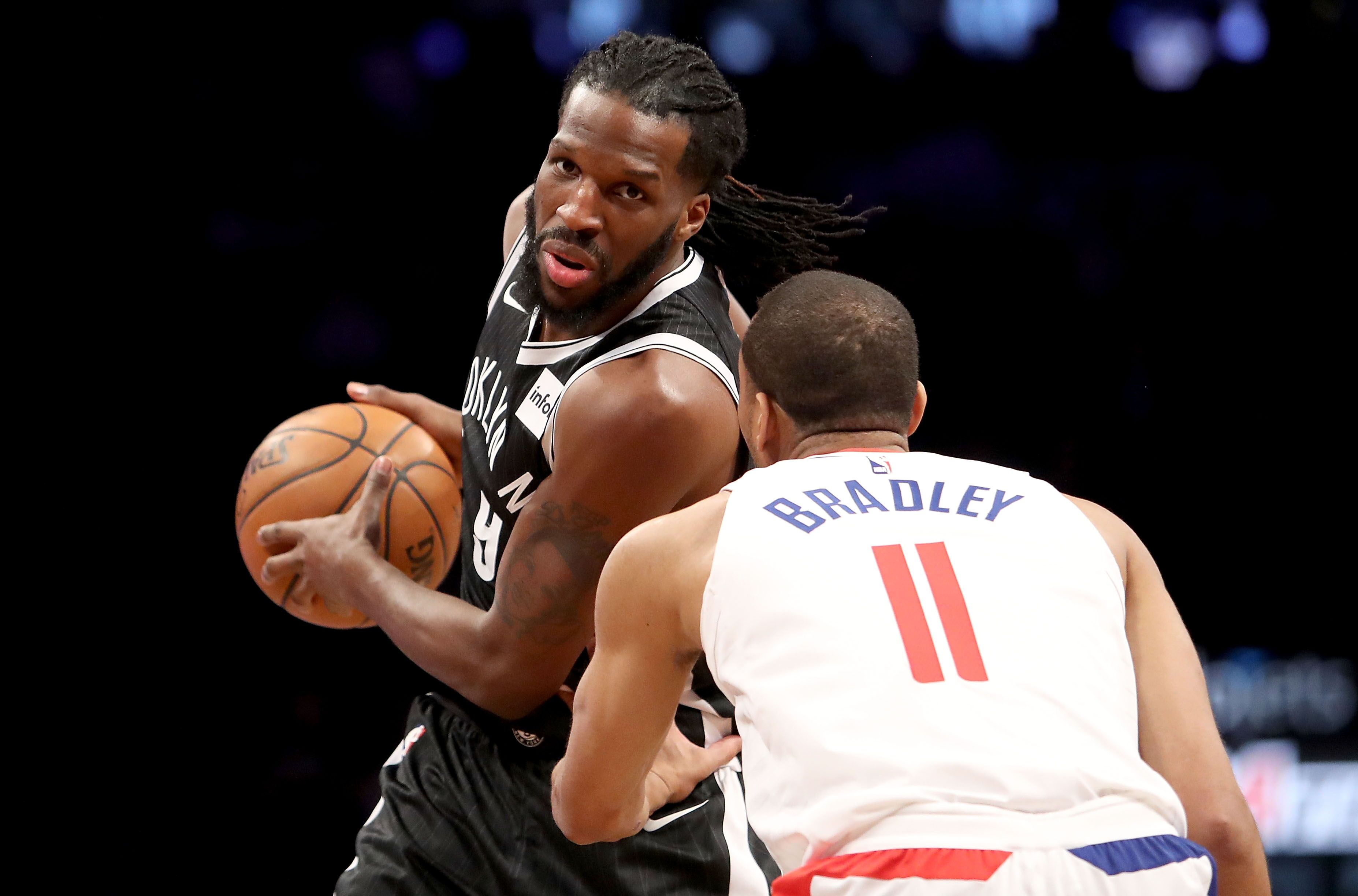 Bradley injury Avery Angeles  Los Clippers: derails