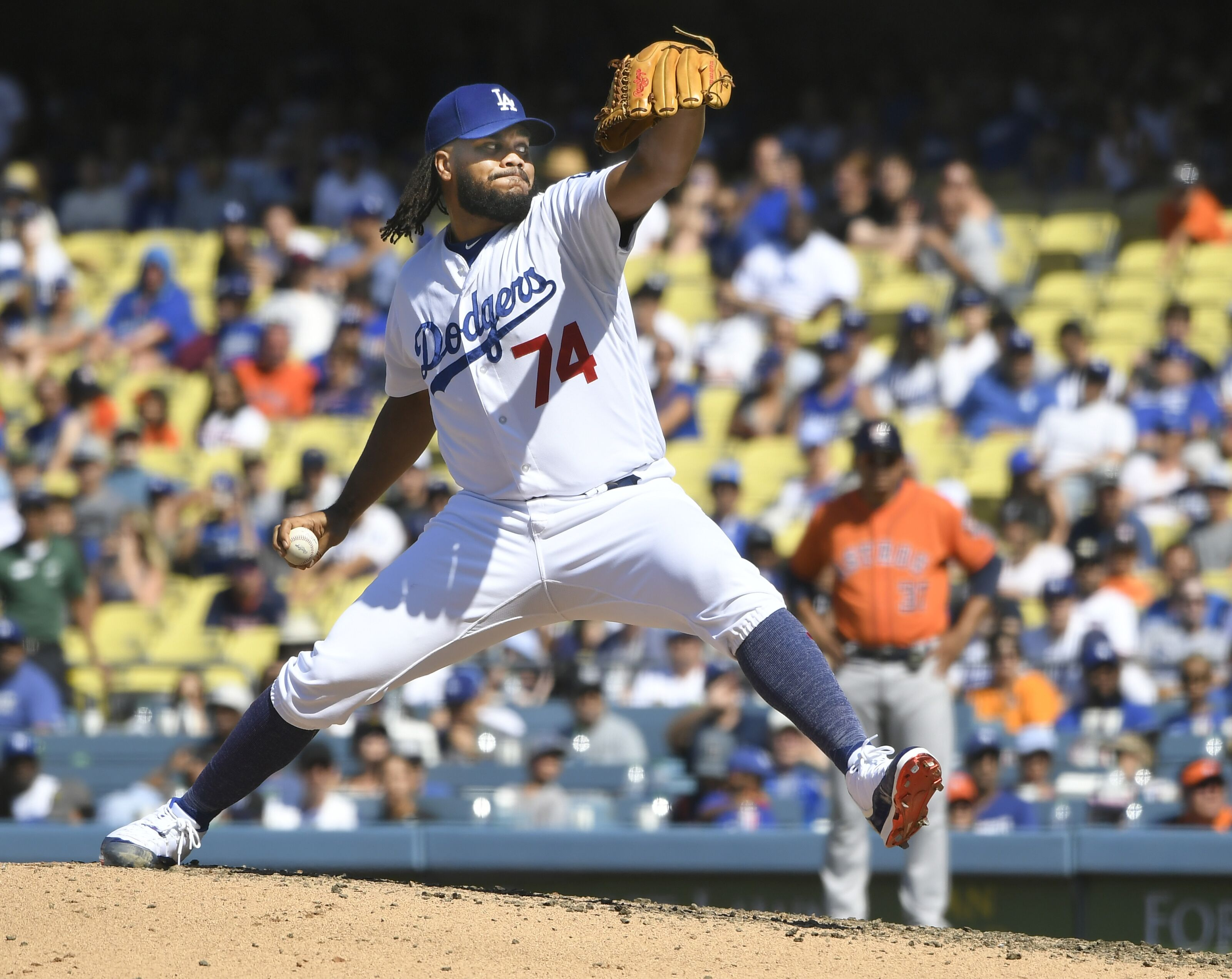 69573ff4b Los Angeles Dodgers  Three options at closer with Kenley Jansen out