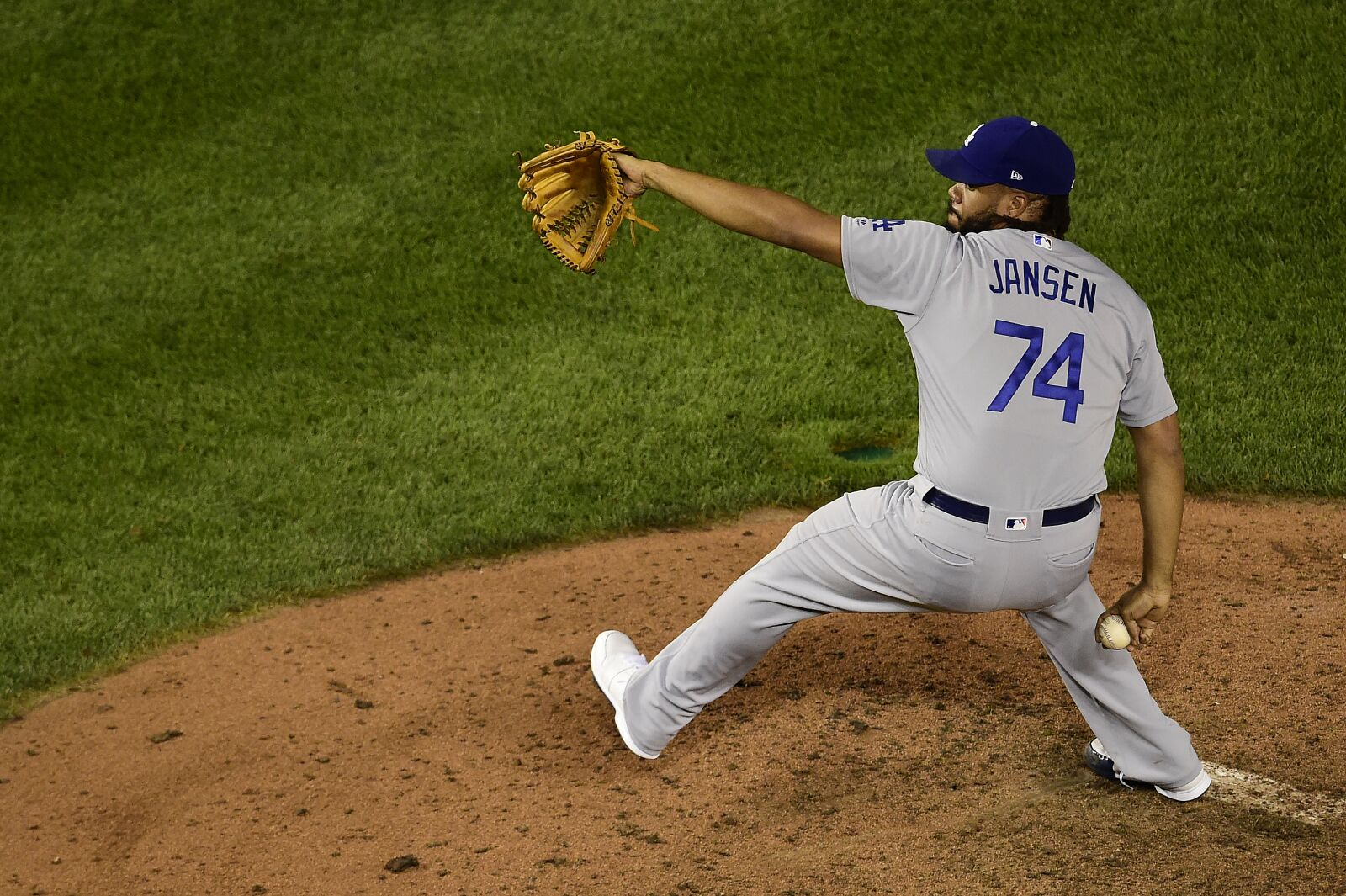 Los Angeles Dodgers: Why we can expect a better Kenley Jansen in 2020