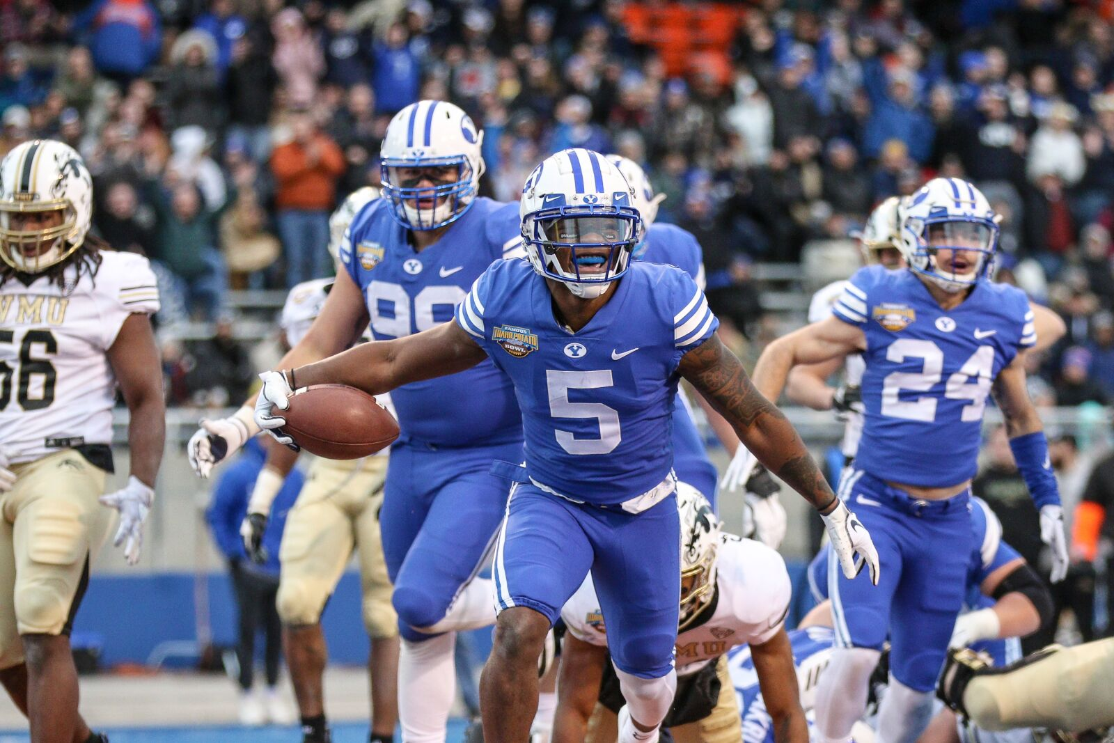 BYU Football: Cougars to drop the navy, go all royal