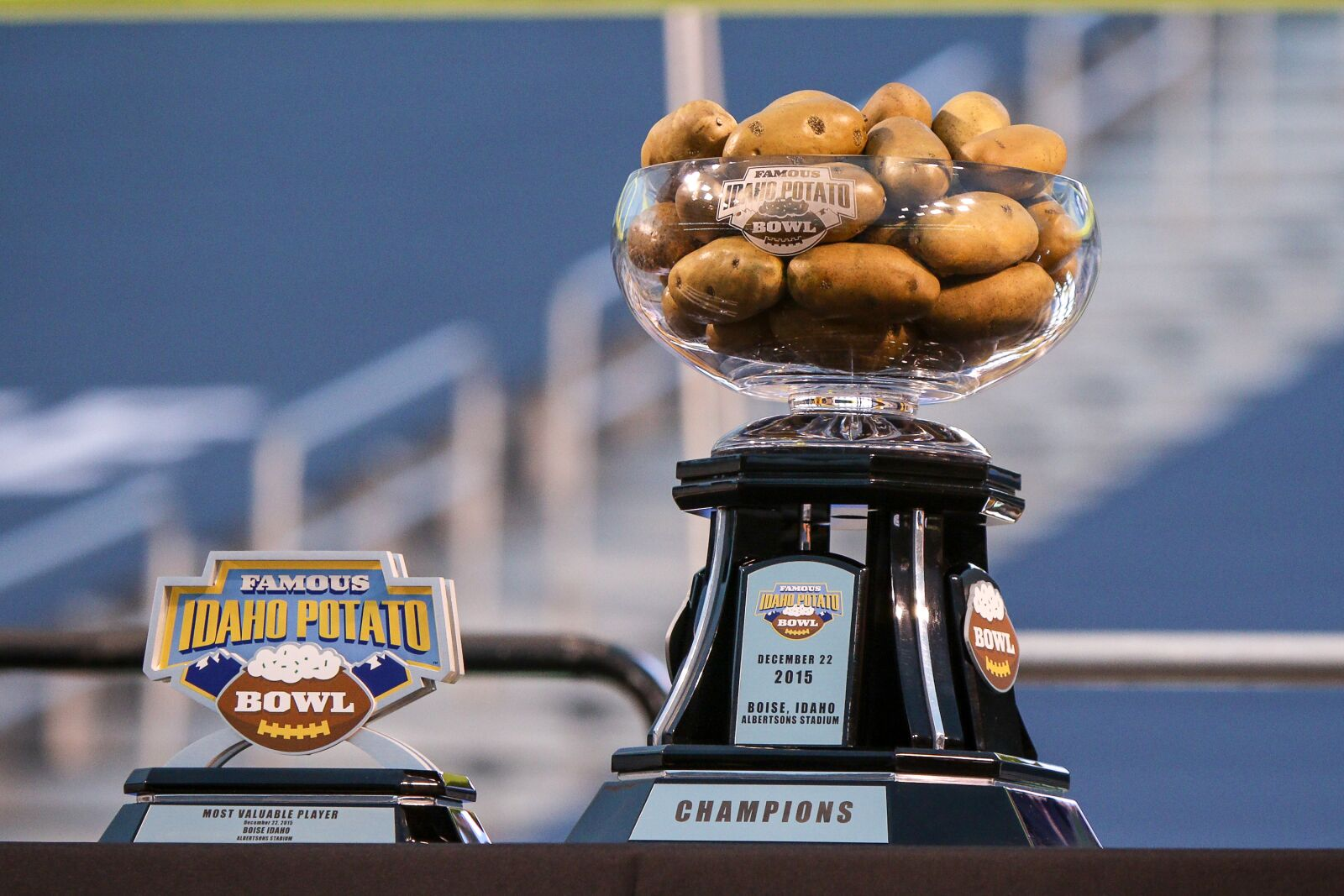 byu football getting to know the famous idaho potato bowl