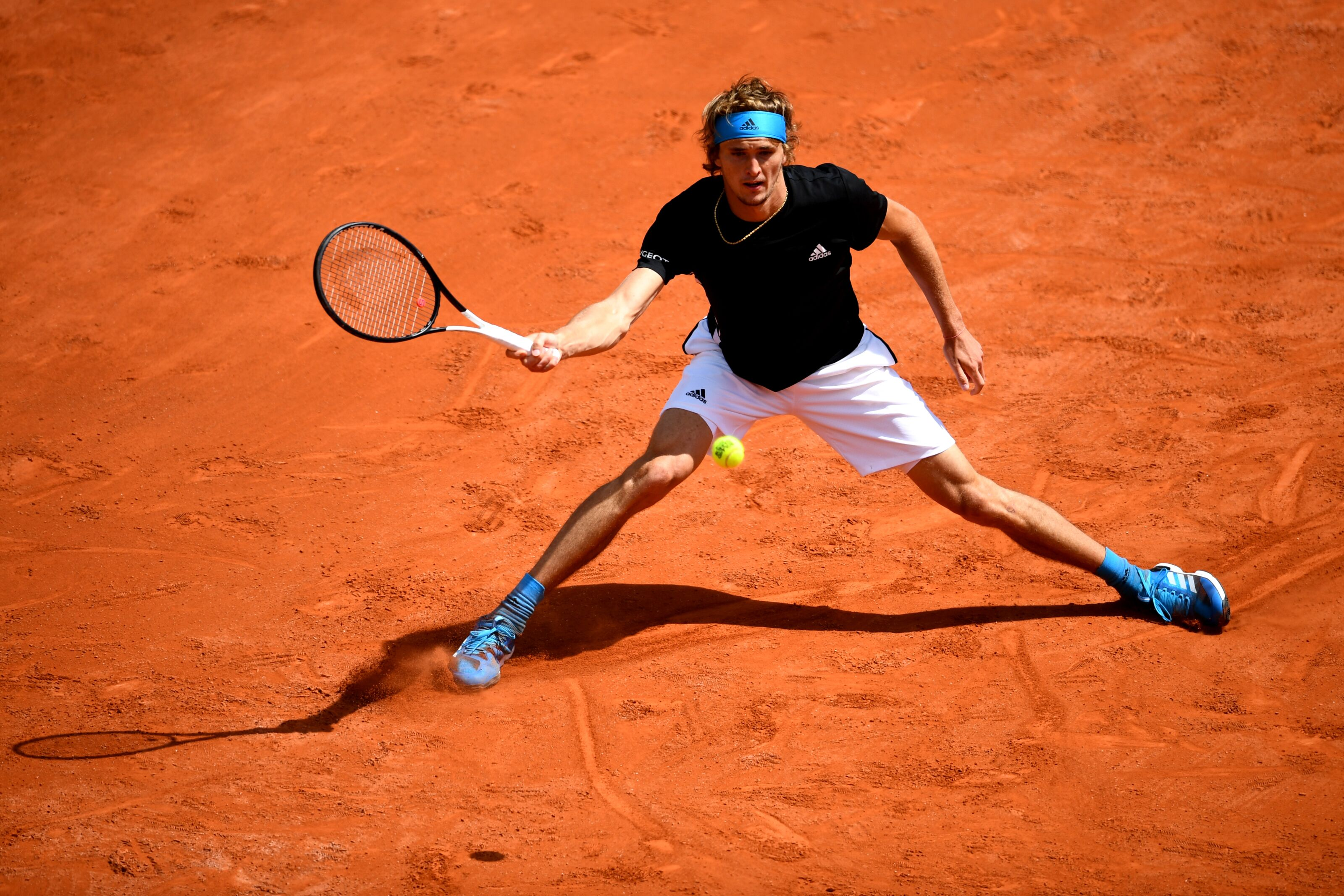 Alexander Zverev escapes first round loss at the French Open
