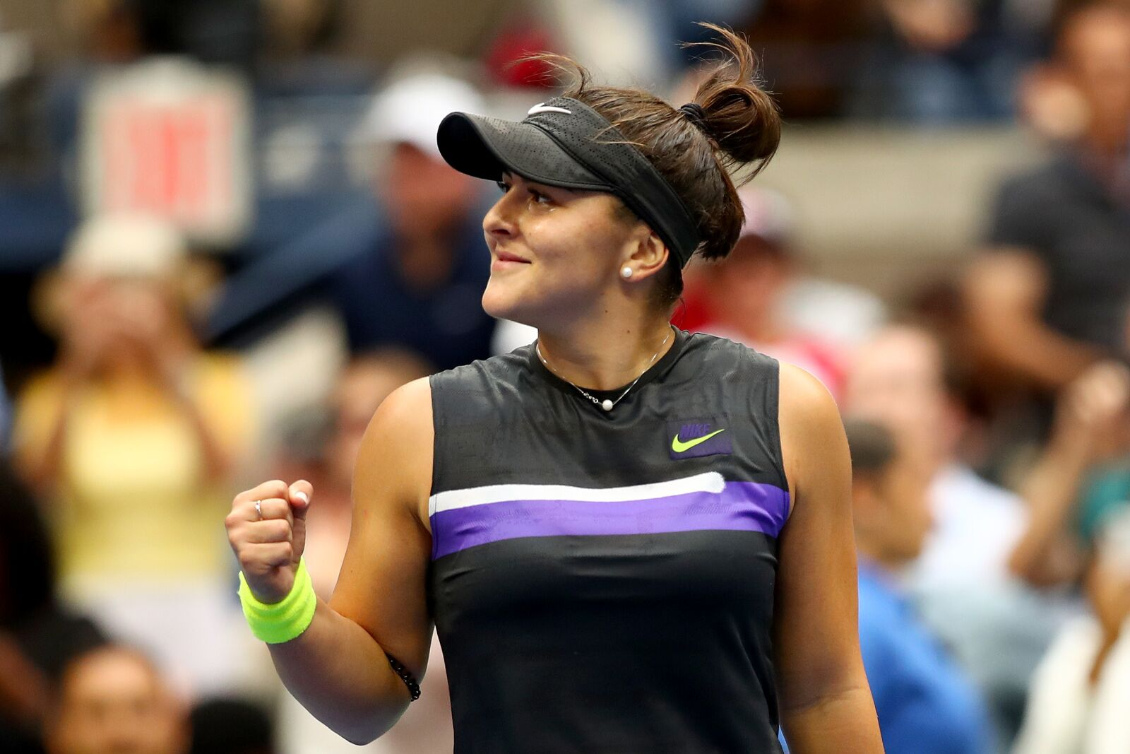 Bianca Andreescu sees off Coco Gauff to win WTA Newcomer of the Year