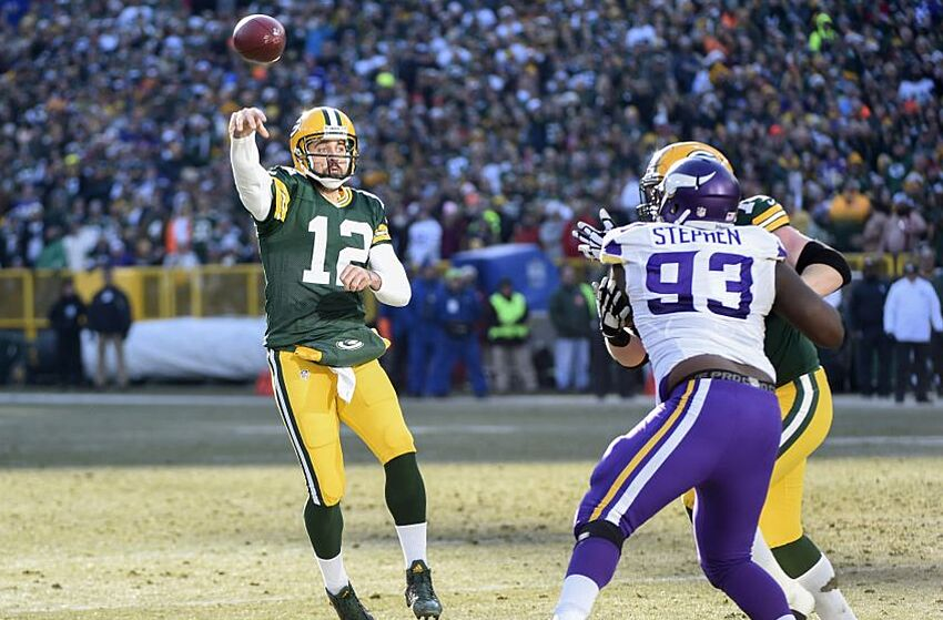 242be65e Aaron Rodgers makes serious MVP case in Packers' win over Vikings