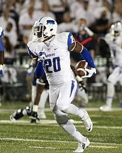 10afcde0d Middle Tennessee Blue Raiders safety Kevin Byard (20) returns a punt for a  touchdown
