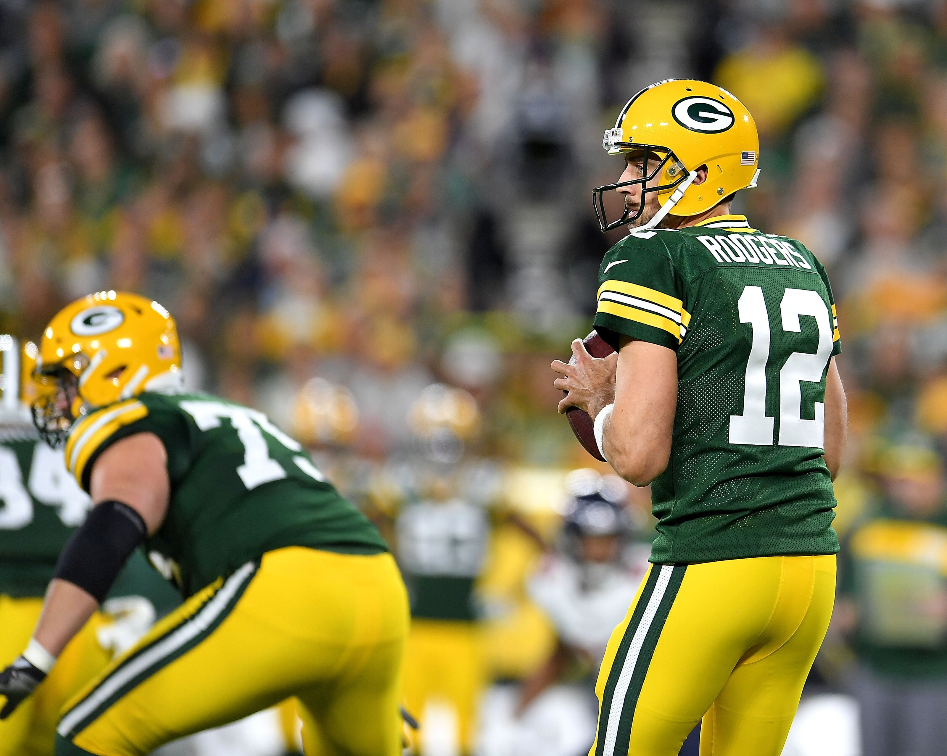 Aaron Rodgers: Packers QB ranked No. 1 in 2019 rankings