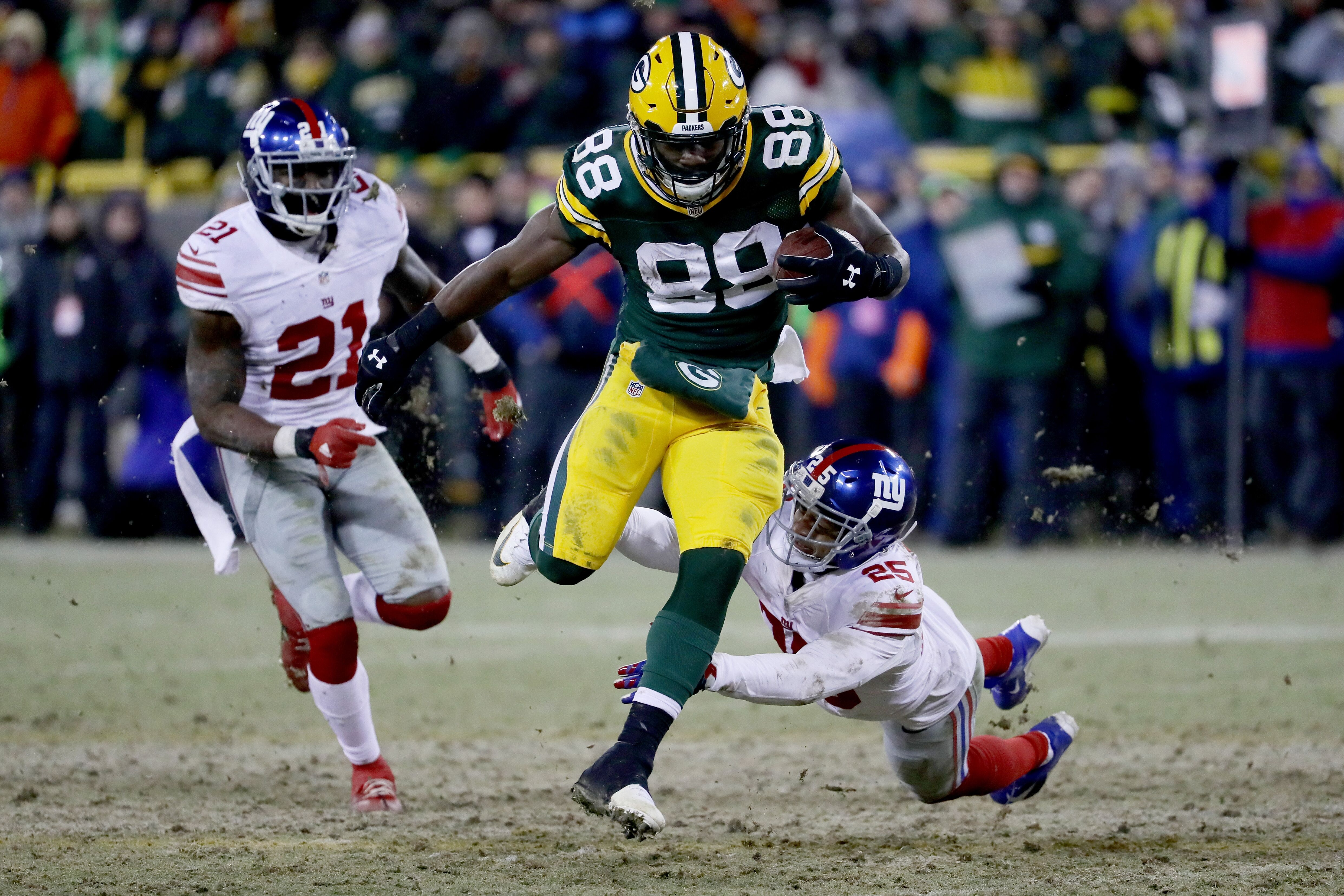 631245762-wild-card-round-new-york-giants-v-green-bay-packers.jpg