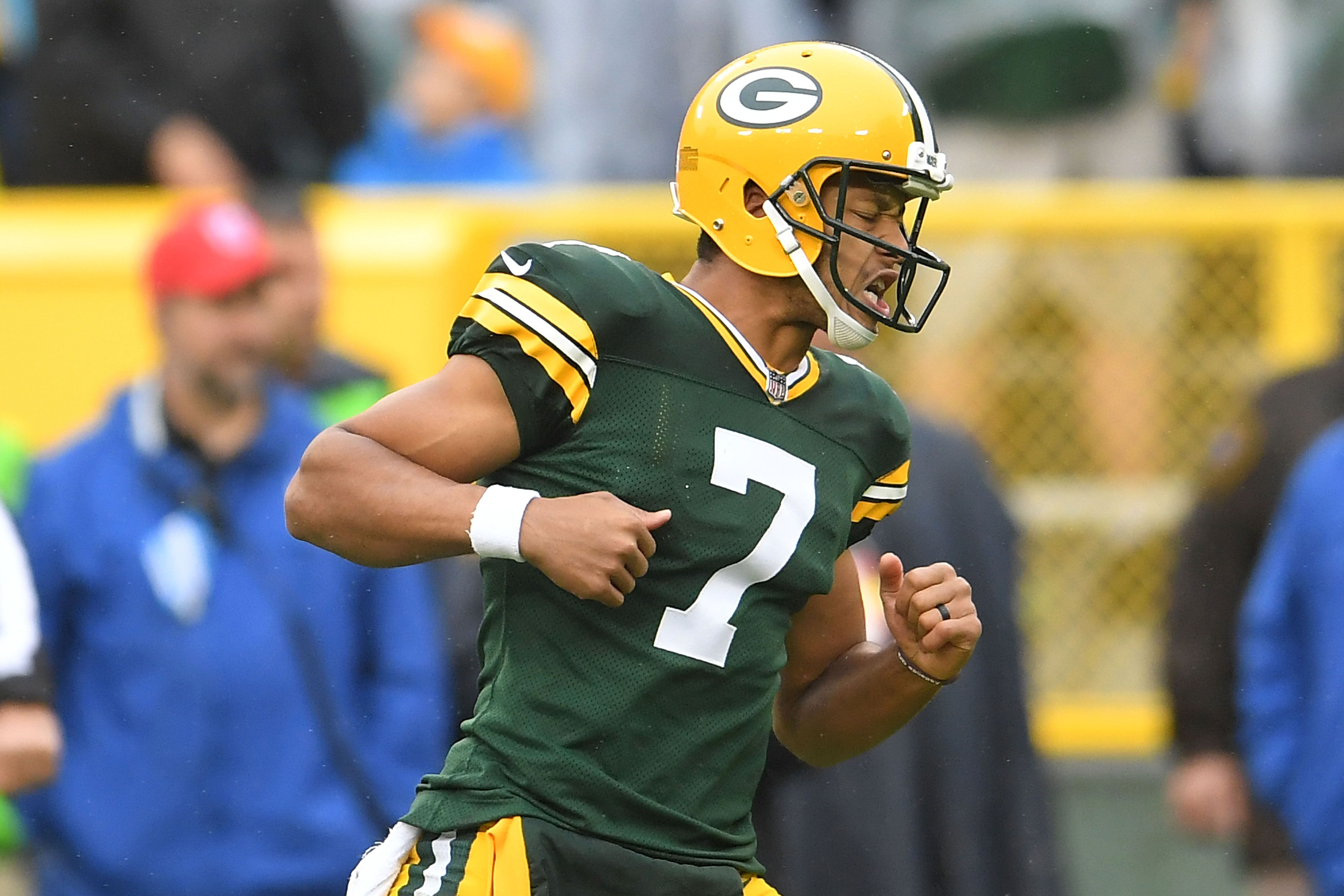 Green Bay Packers quarterback Aaron Rodgers has returned to Lambeau Field and should be a valuable resource for Brett Hundley