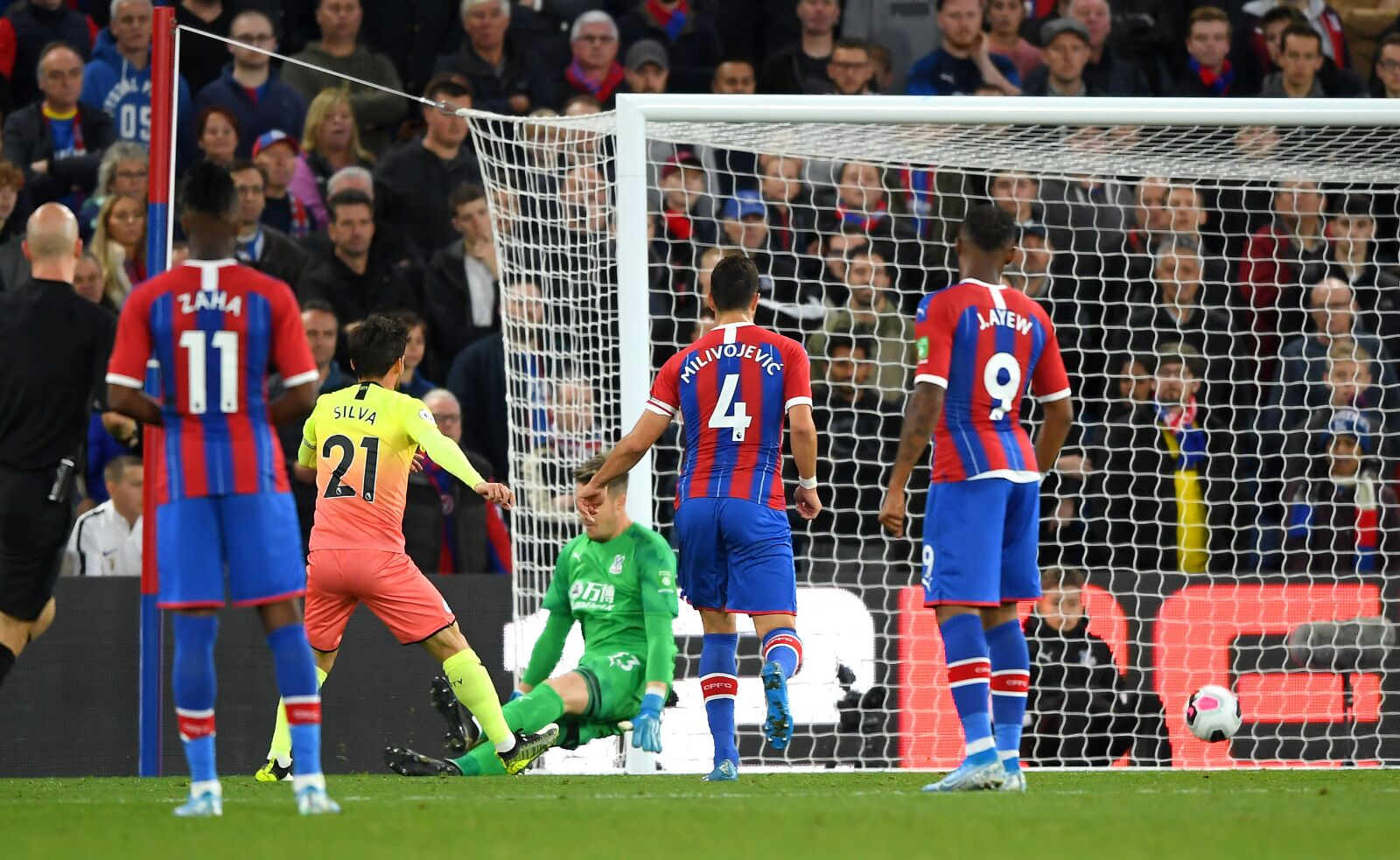 Manchester City player ratings vs Crystal Palace: Ederson stars