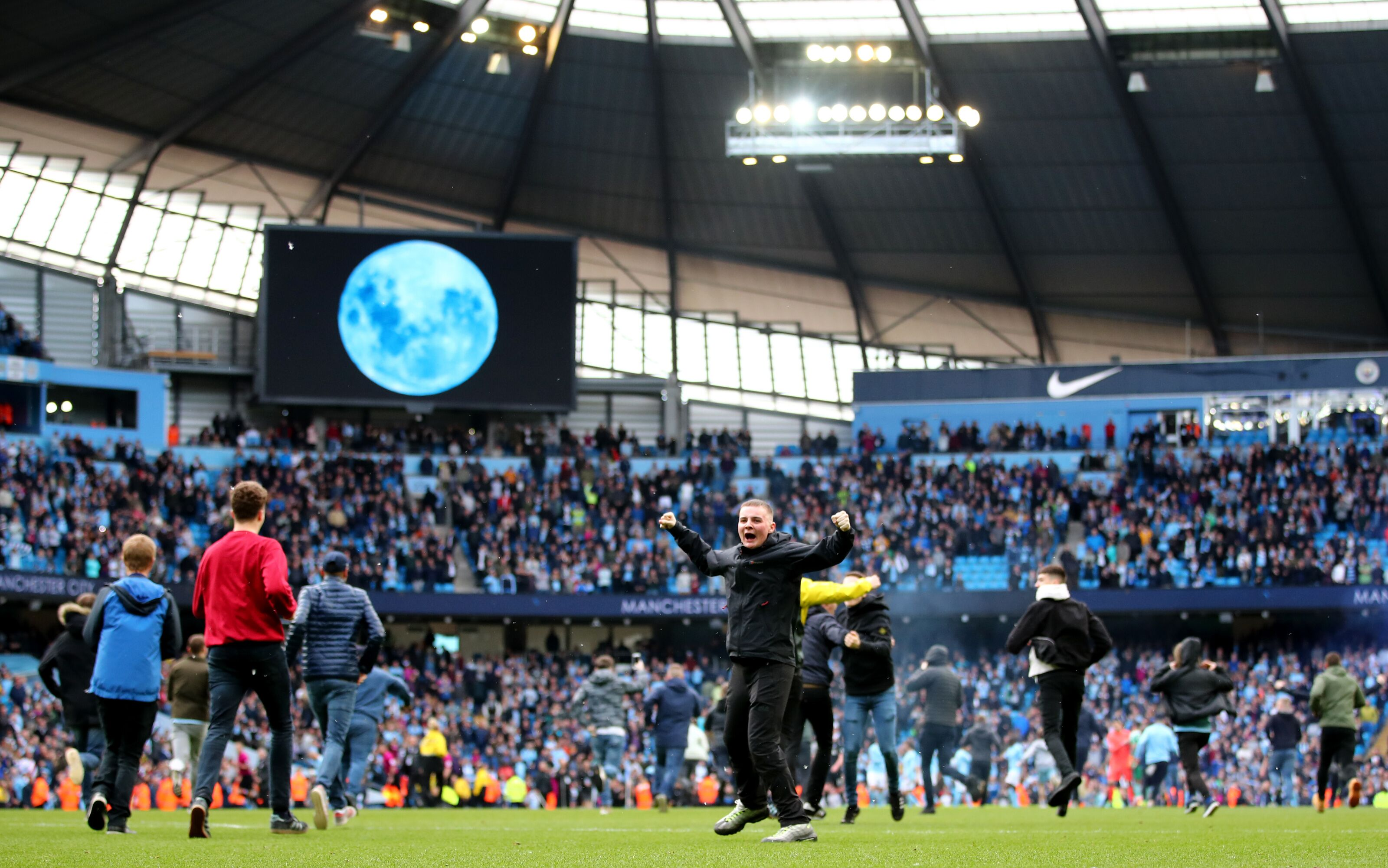 950013852-manchester-city-v-swansea-city-premier-league.jpg