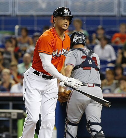 Giancarlo Stanton Of Miami Marlins Says He S Recovering