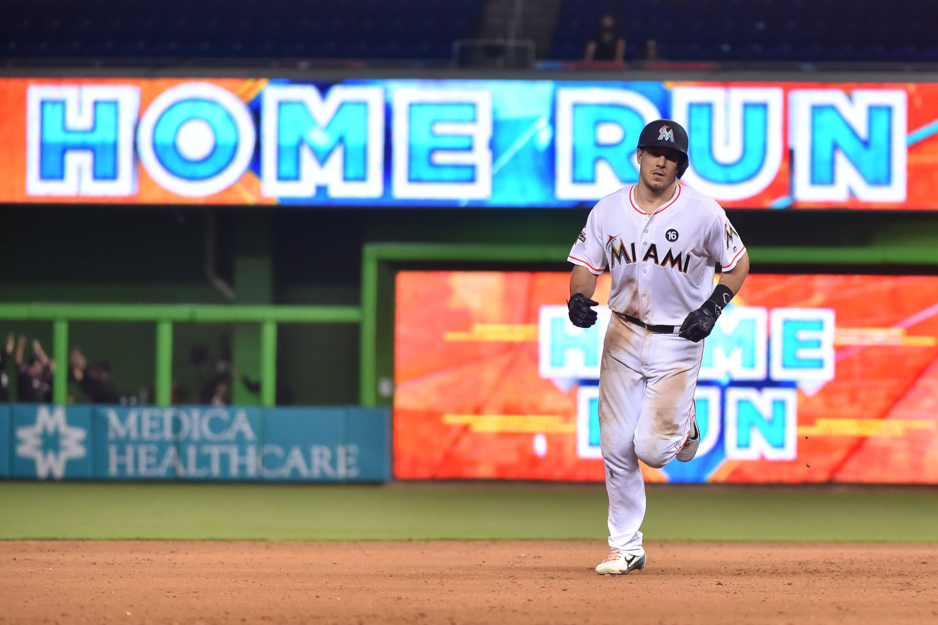 849821498-new-york-mets-v-miami-marlins.jpg