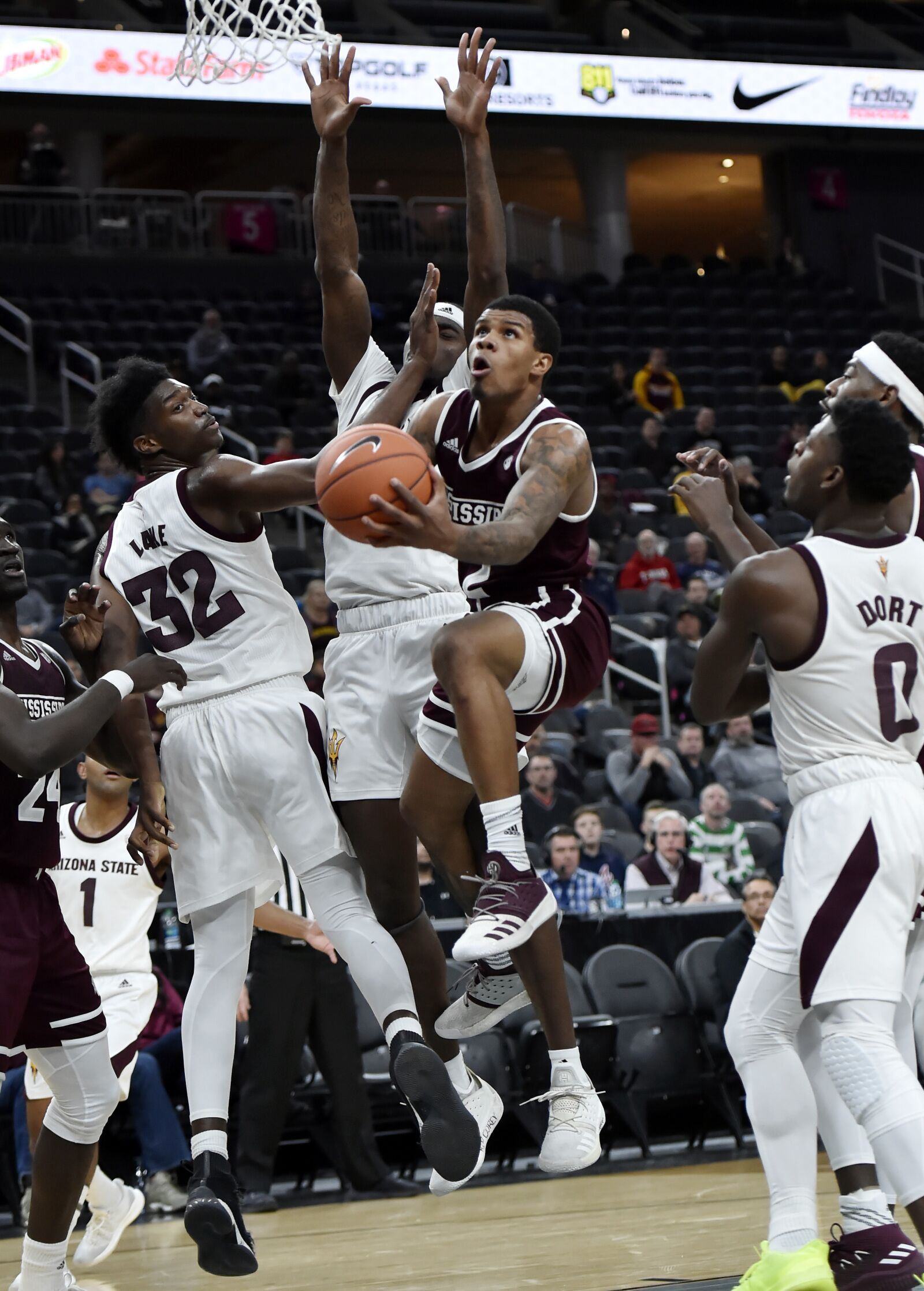 Mississippi State basketball guard Lamar Peters named Co-SEC Player of the Week