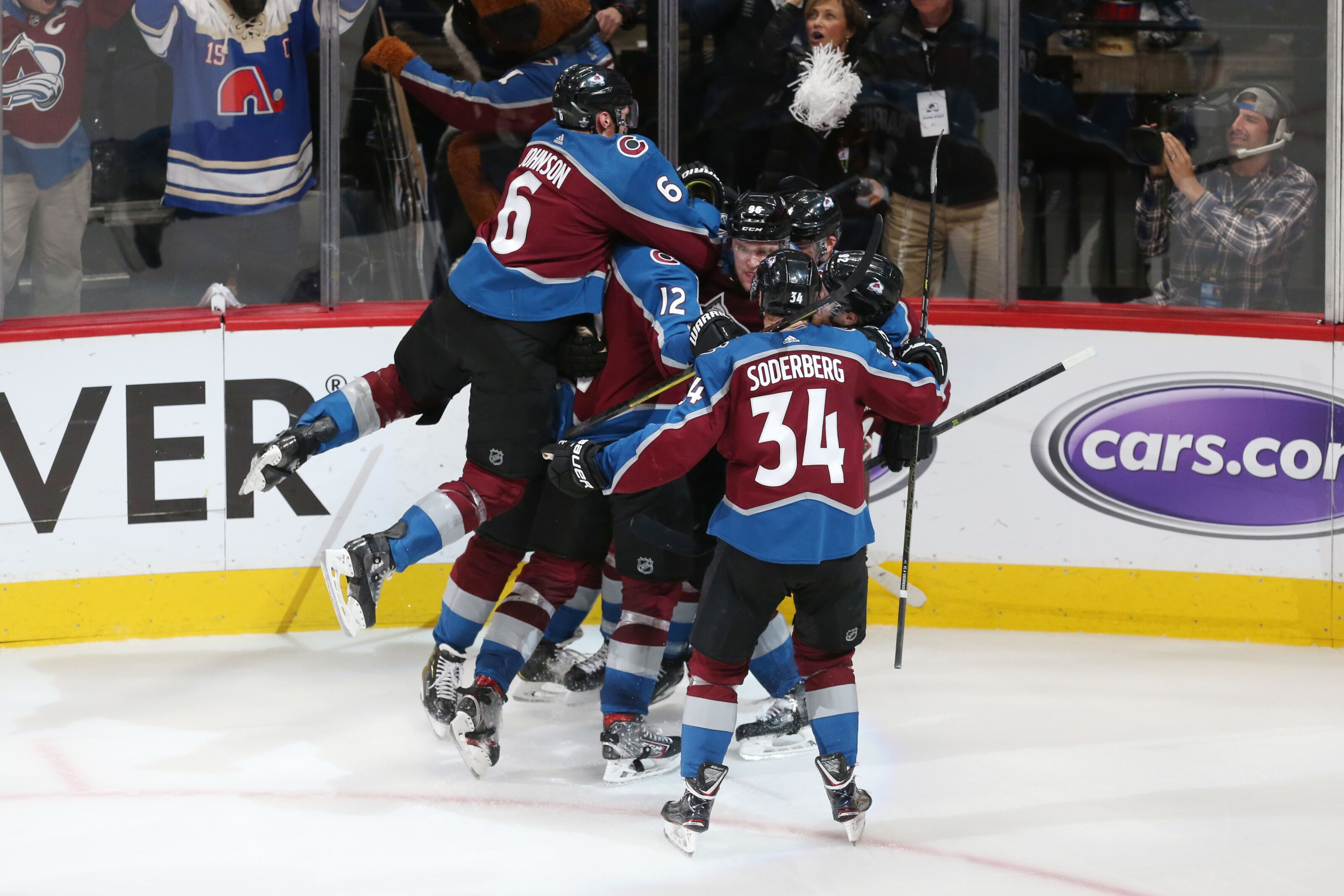 Colorado Avalanche: Fans' Best Avalanche Moments