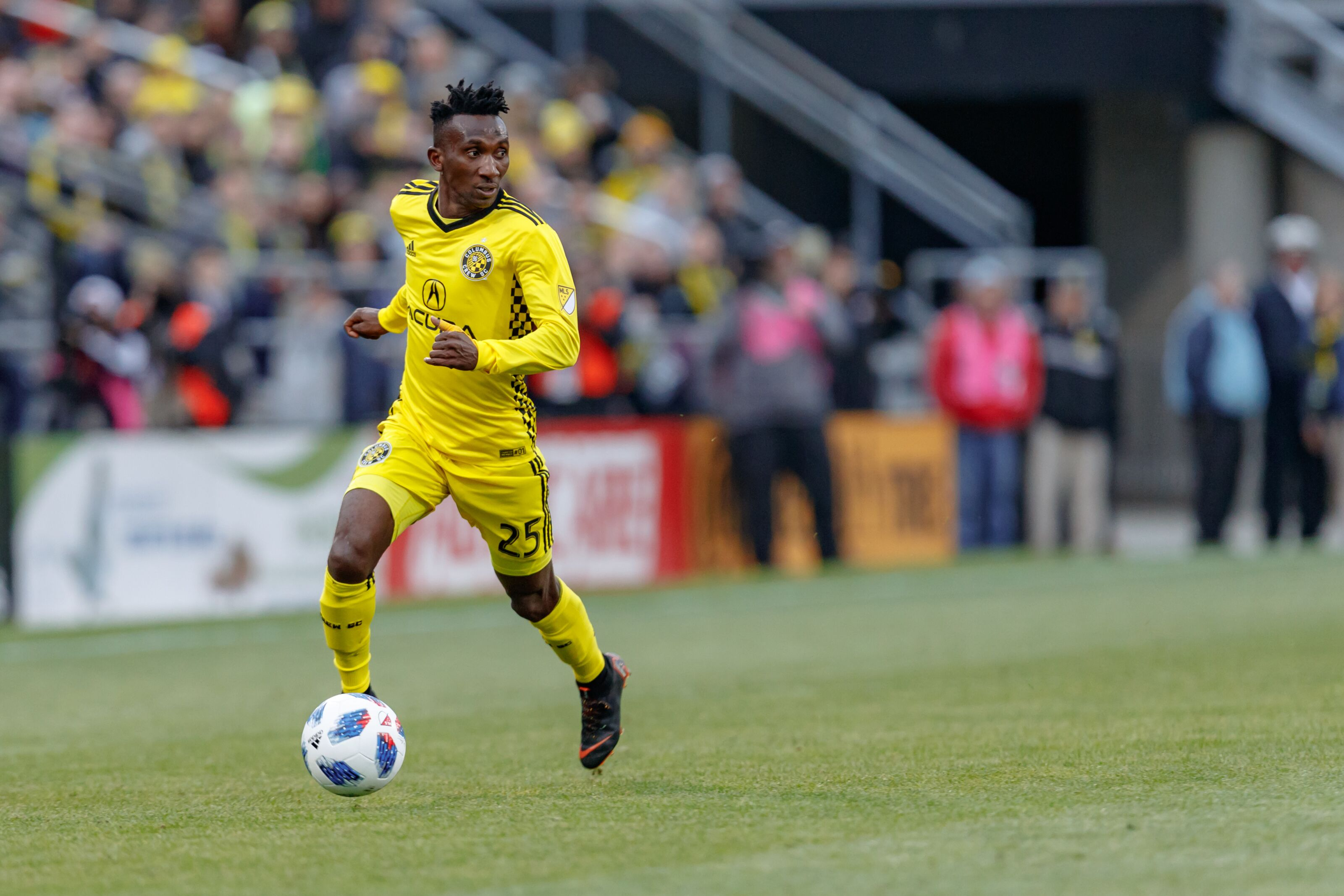 Columbus Crew Vs New York Red Bulls: Crew full backs must be careful