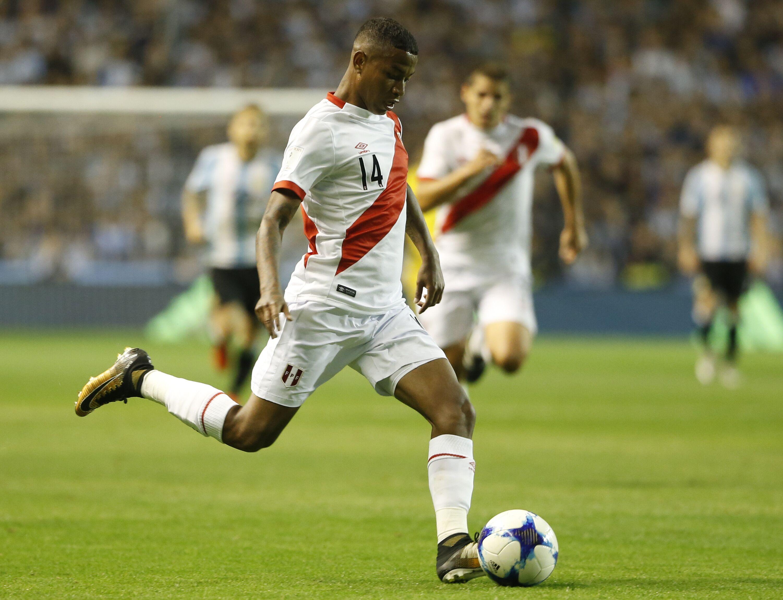 858093908-argentina-v-peru-fifa-2018-world-cup-qualifiers.jpg