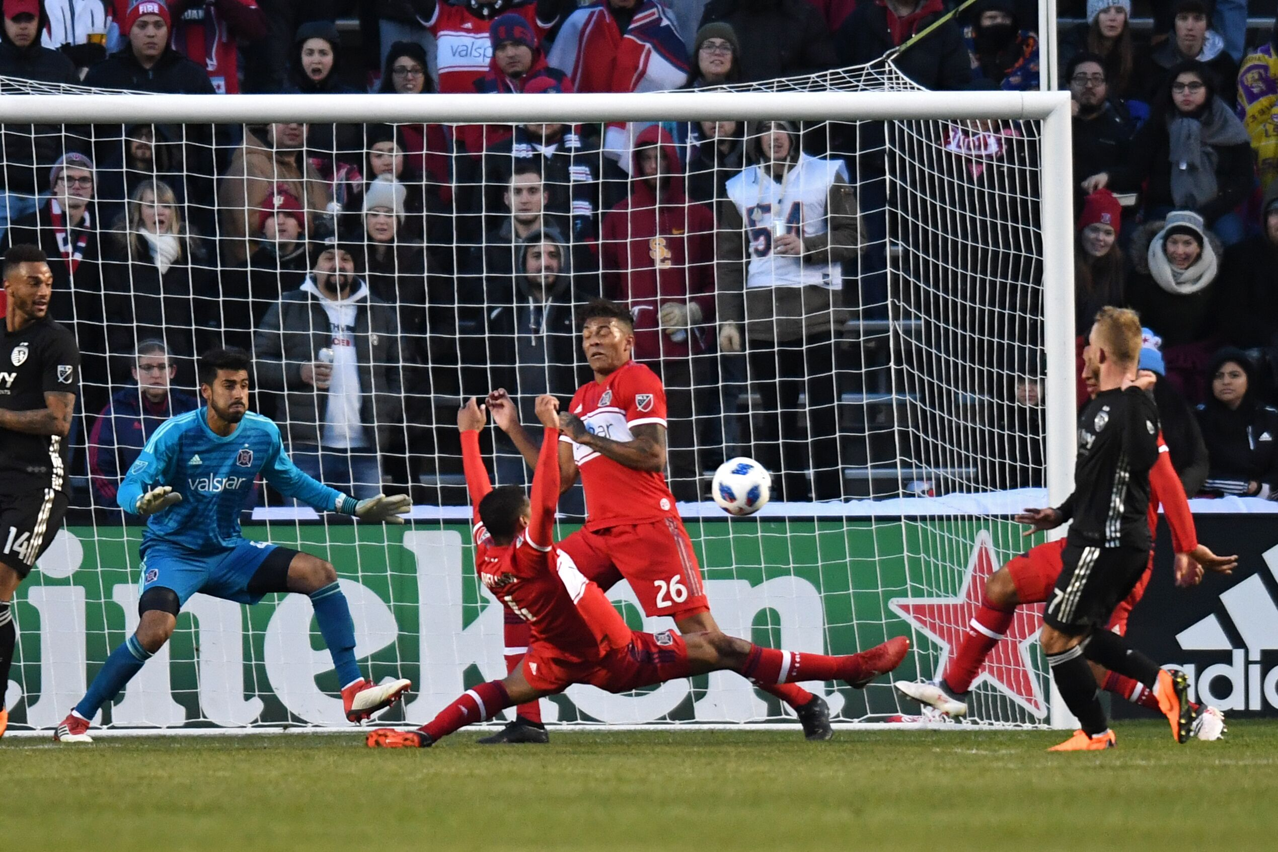 930213858-soccer-mar-10-mls-sporting-kansas-city-at-chicago-fire.jpg