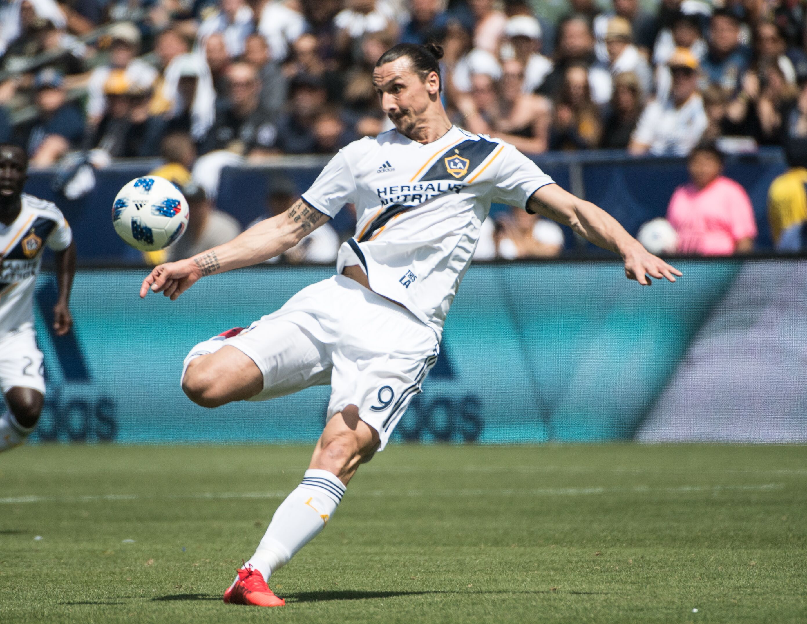 940378872-mls-soccer-los-angeles-galaxy-v-los-angeles-fc.jpg