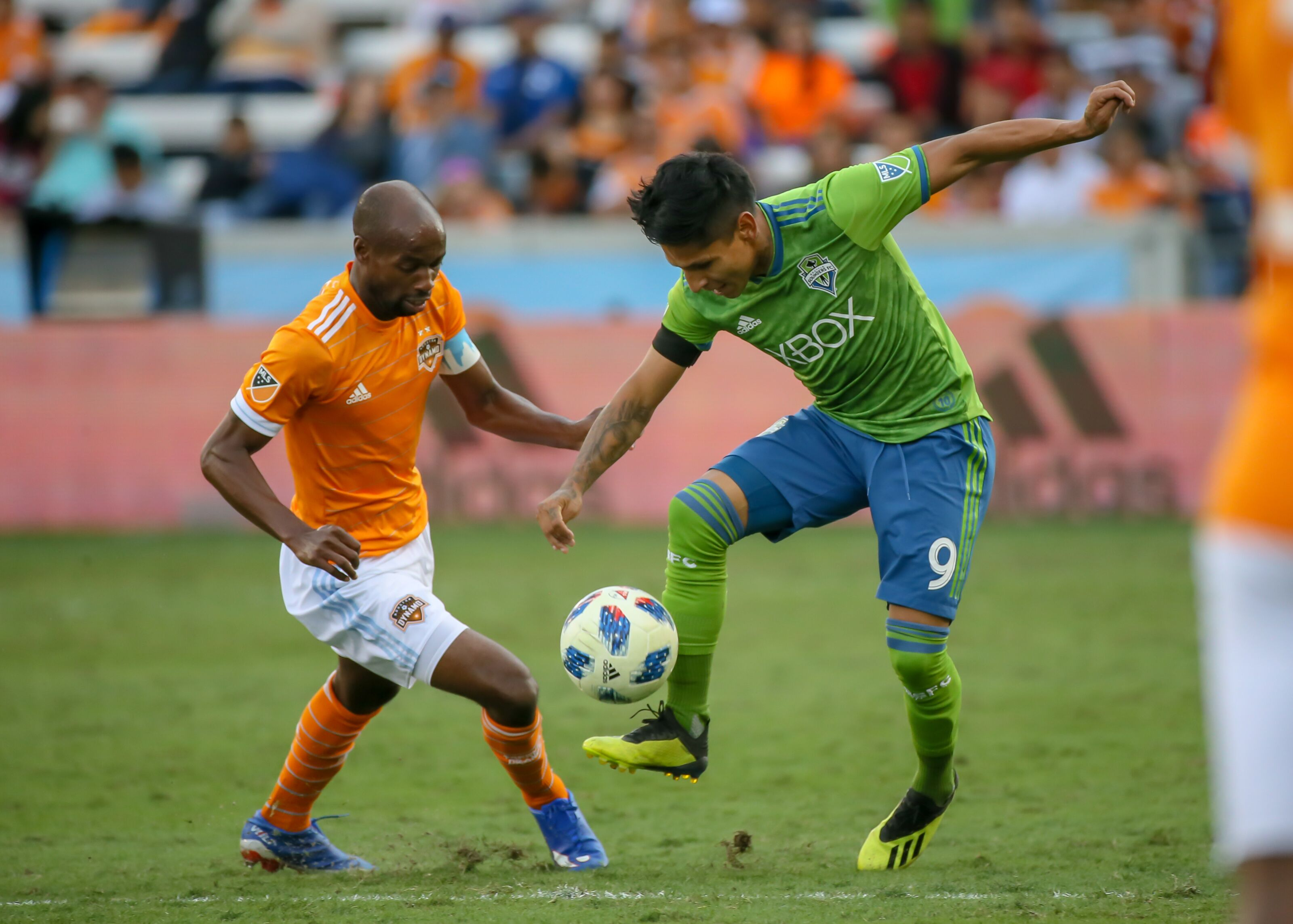 Houston Dynamo: DaMarcus Beasley must be signed soon