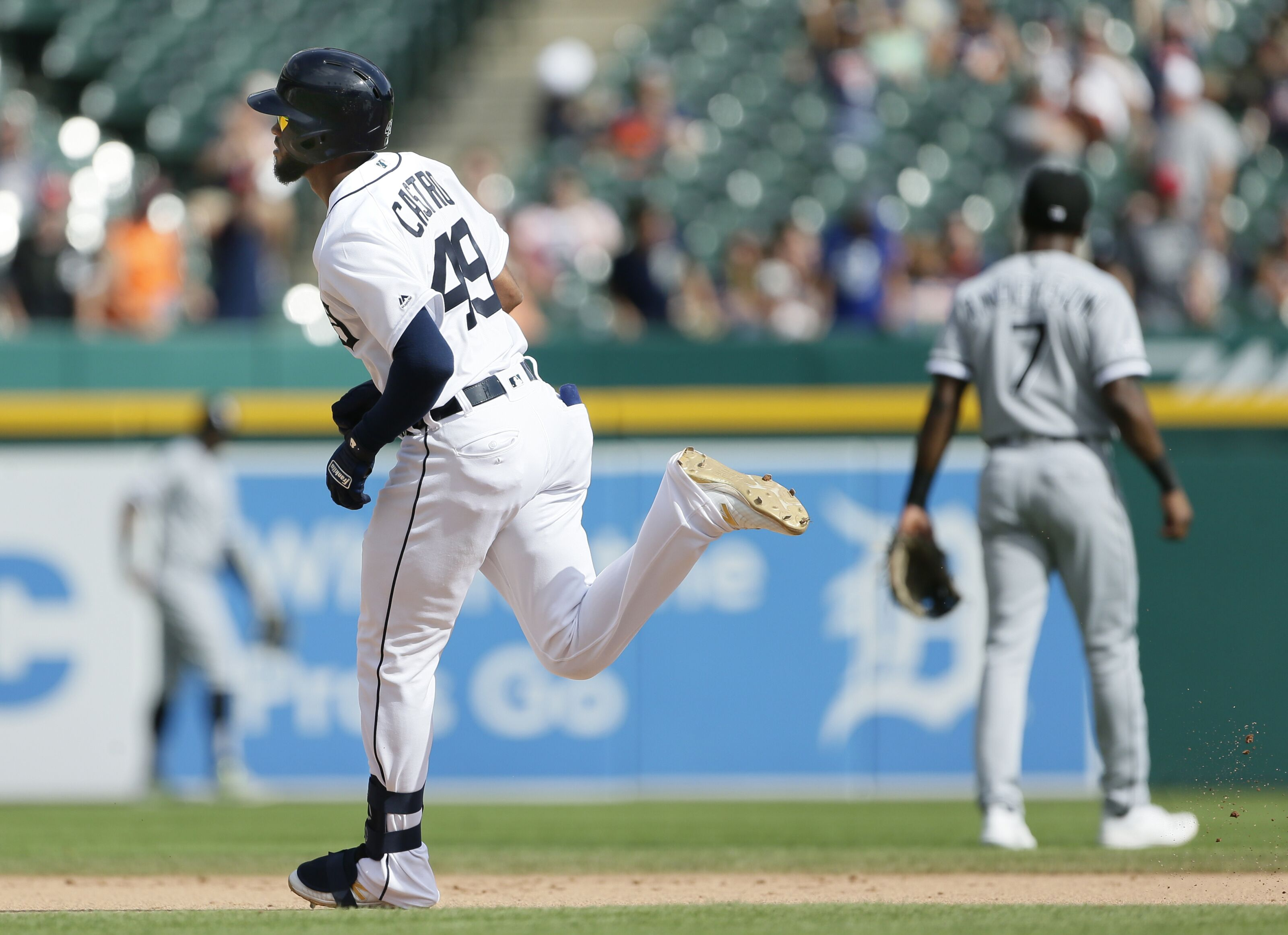 Detroit Tigers stave off 110th loss of the season with win over Sox