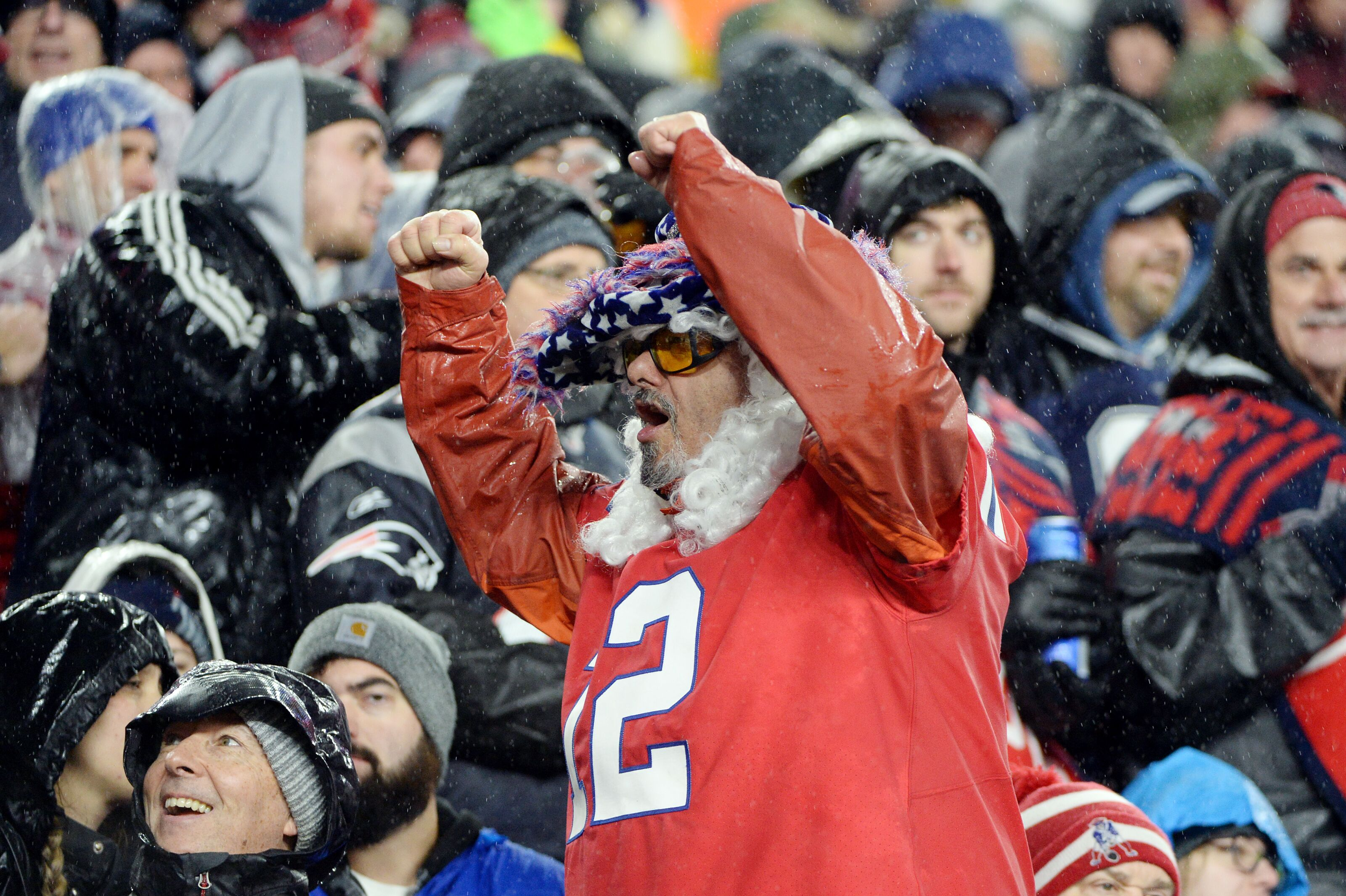 Patriots fans were wrong to boo their team at halftime on Sunday