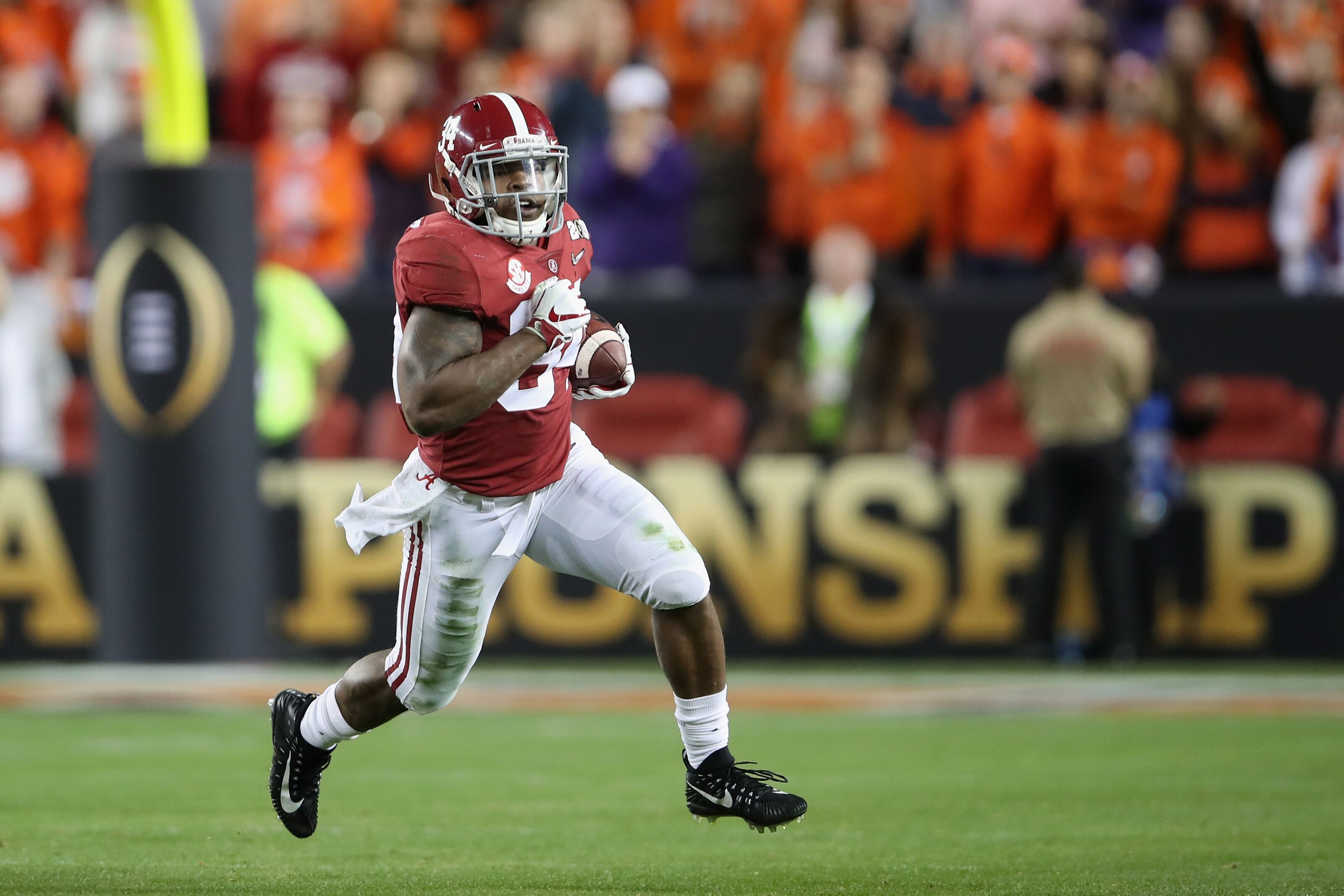 0210f839 Damien Harris, Alabama running back, drafted by Patriots on Day 2