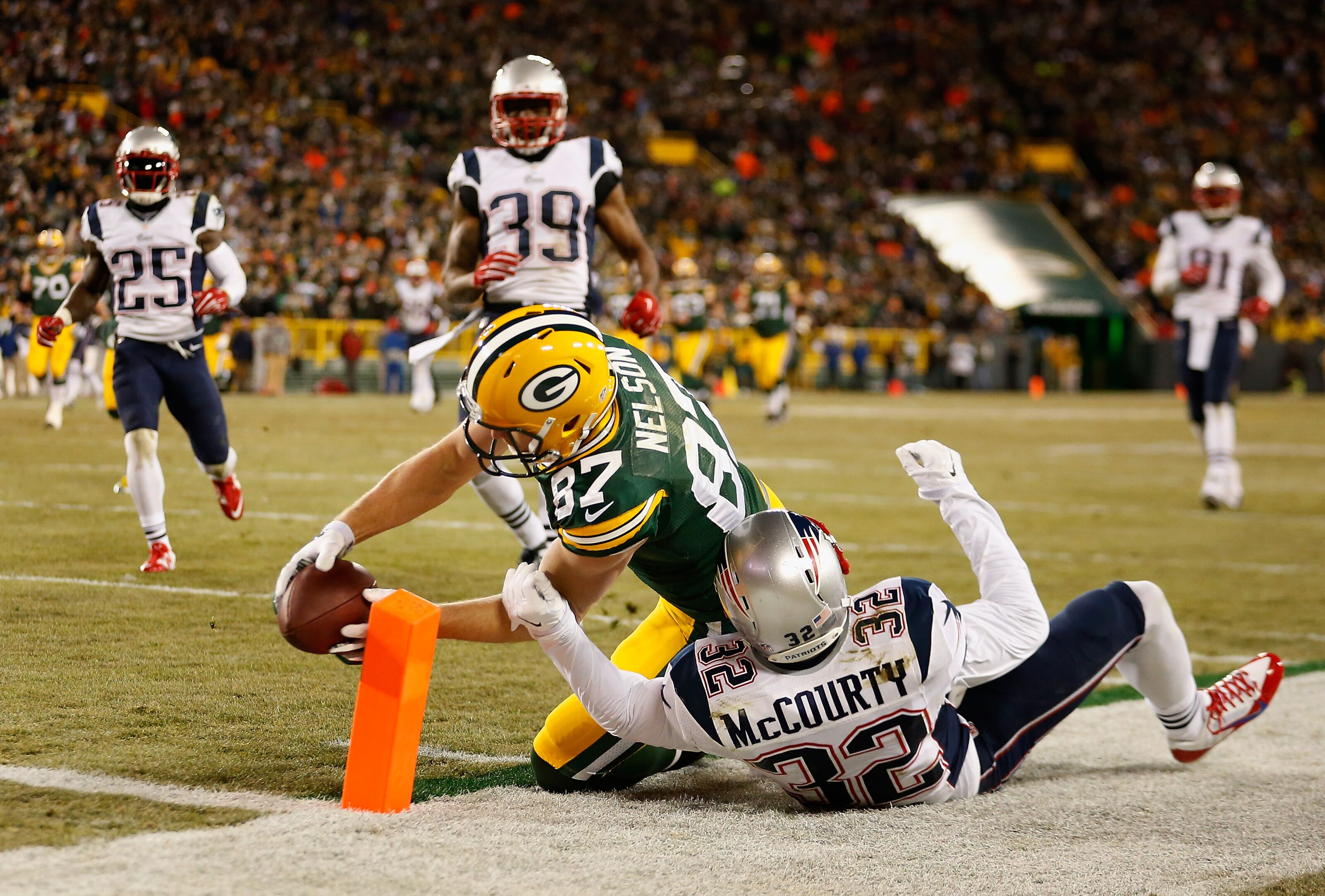 Jordy Nelson reportedly drawing interest from Patriots