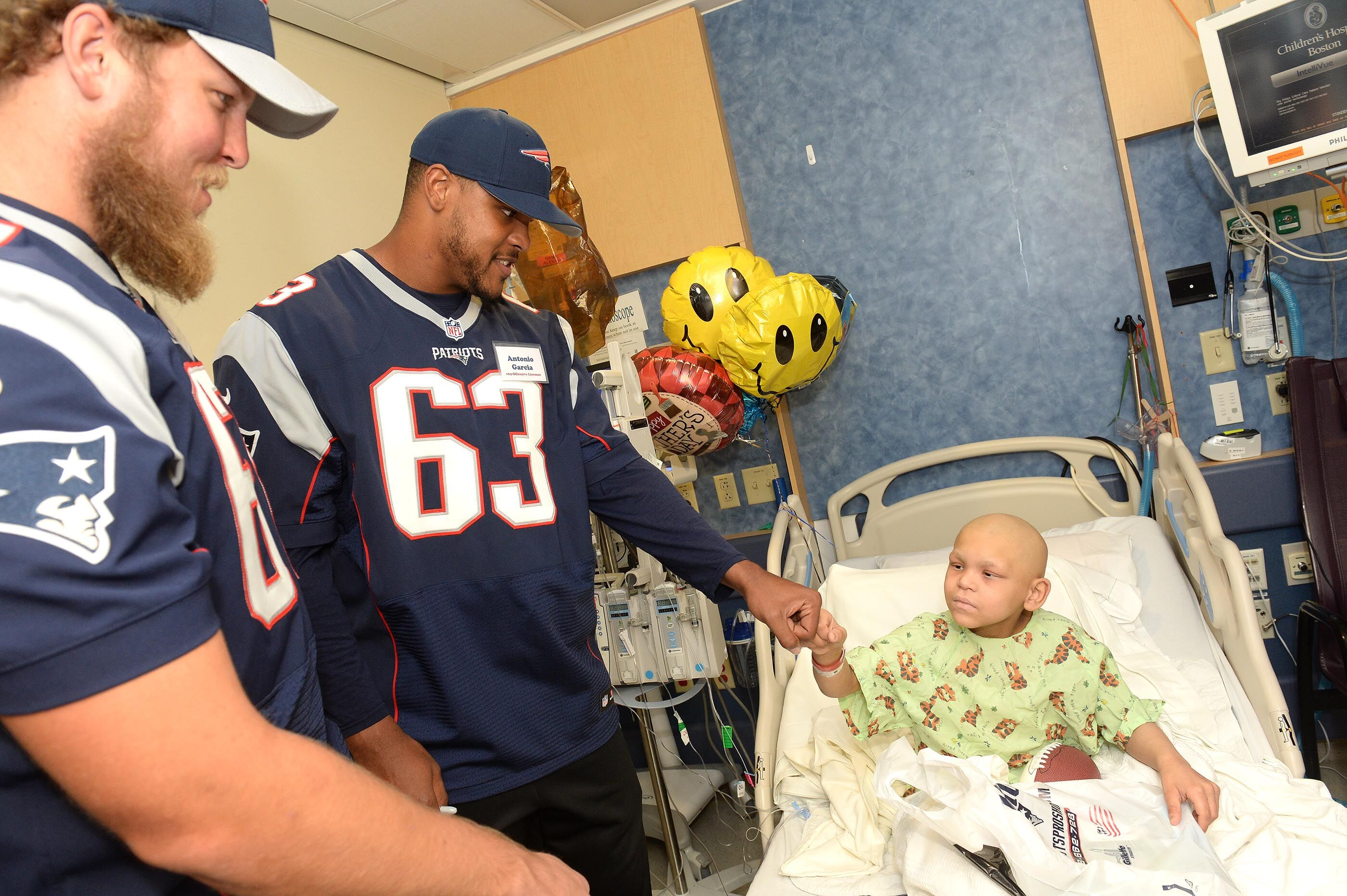 697747720-new-england-patriots-rookies-bring-smiles-and-laughter-to-boston-childrens-hospital.jpg