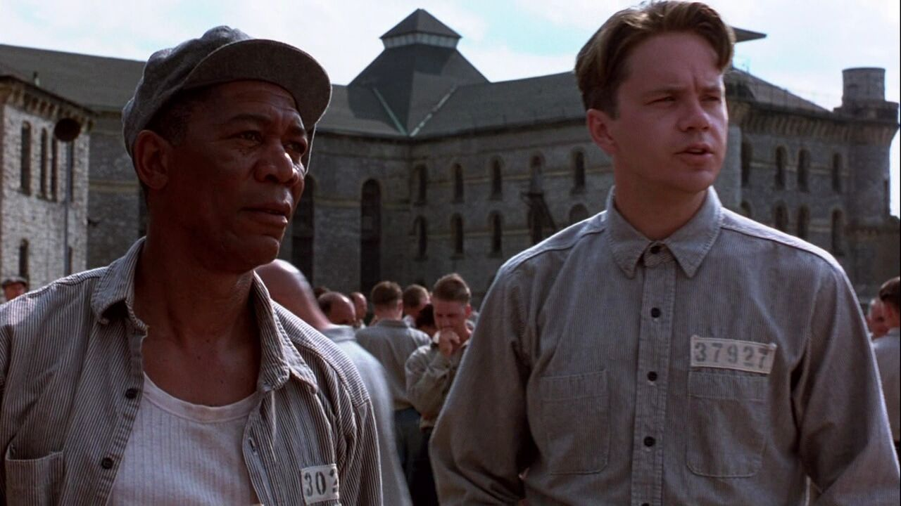 shaw shank redemption The shawshank redemption is a 1994 drama film based on stephen king's novella rita hayworth and shawshank redemption it stars tim robbins and morgan freeman in 1947, young banker andy dufresne (tim robbins) is found guilty of the murder of his wife and her lover he is sentenced to life in.