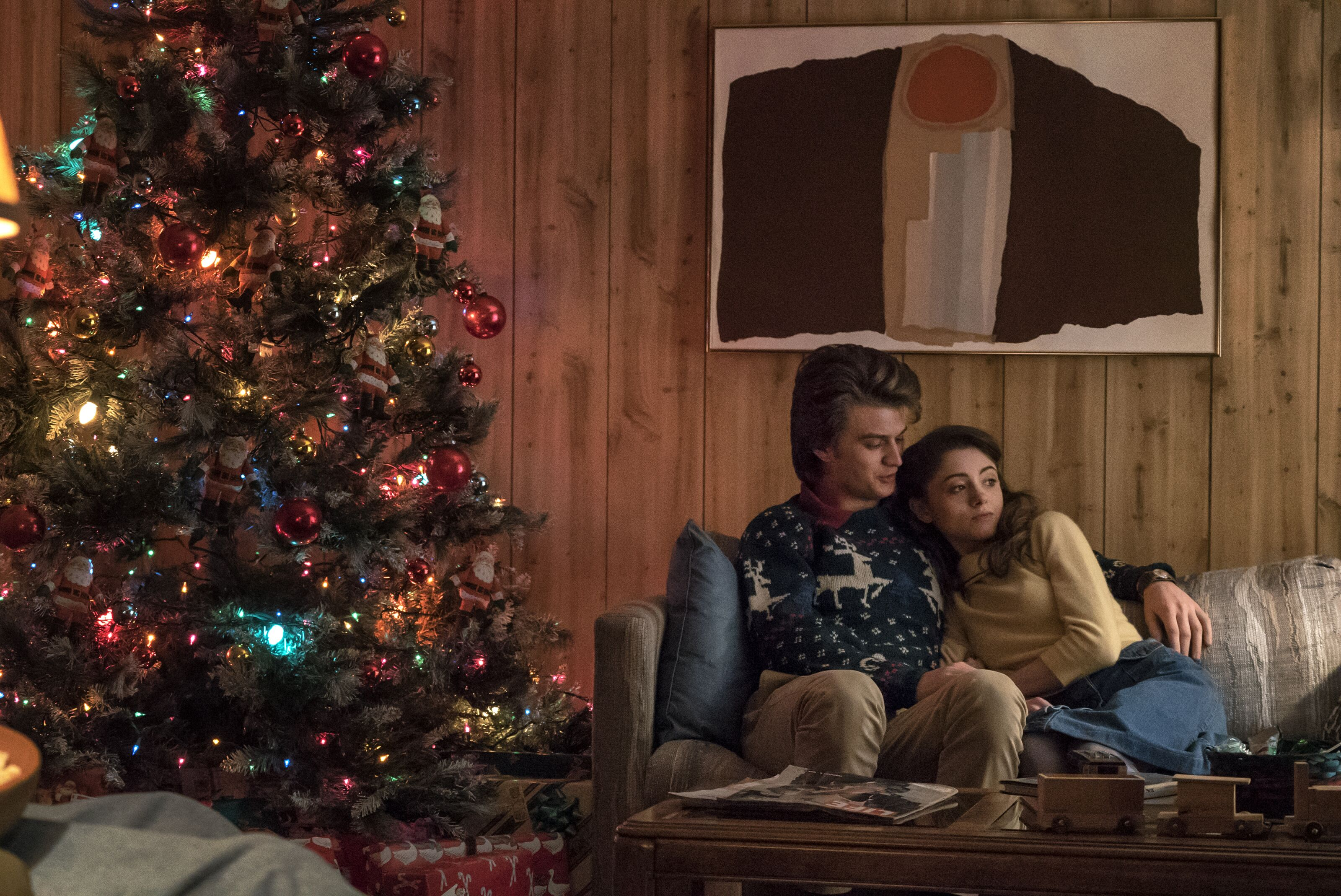 A Stranger Things Christmas.Stranger Things Needs A Netflix Christmas Special