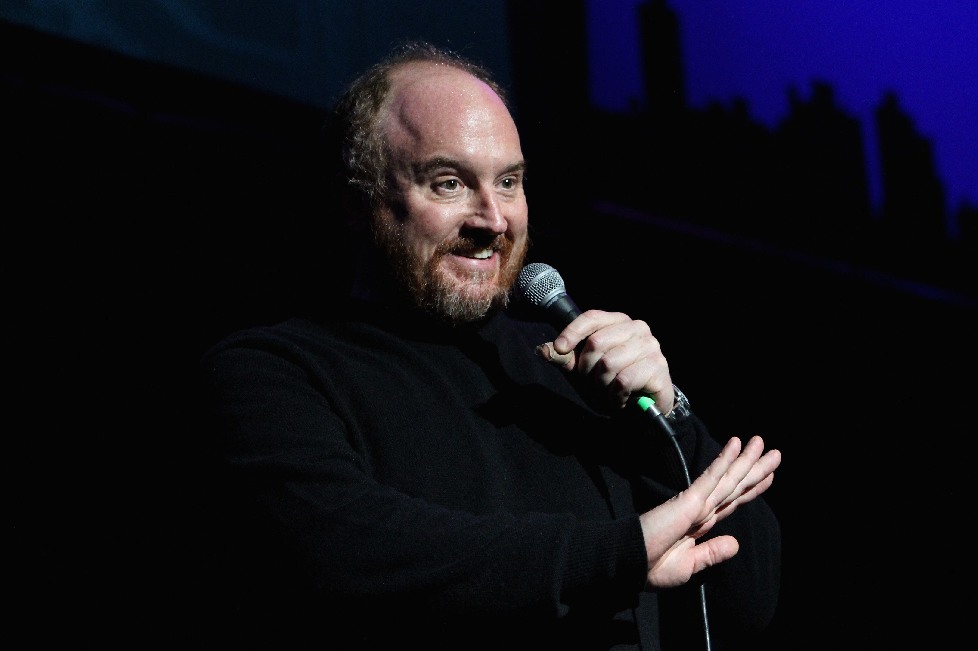 In 2003 Abby Schachner called Louis CK to invite him to one of her shows and during the phone conversation she said she could hear him masturbating
