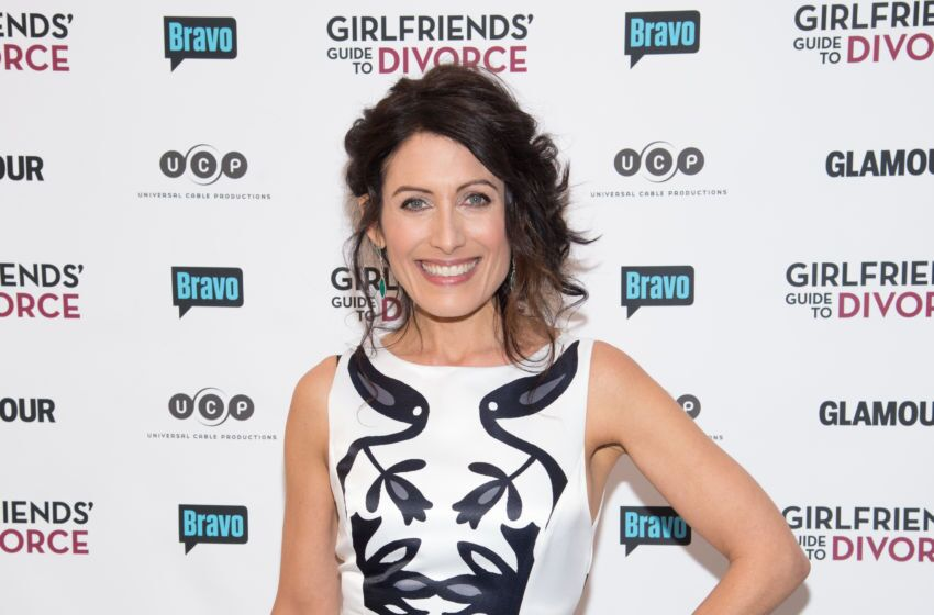 how many episodes in girlfriends guide to divorce season 3