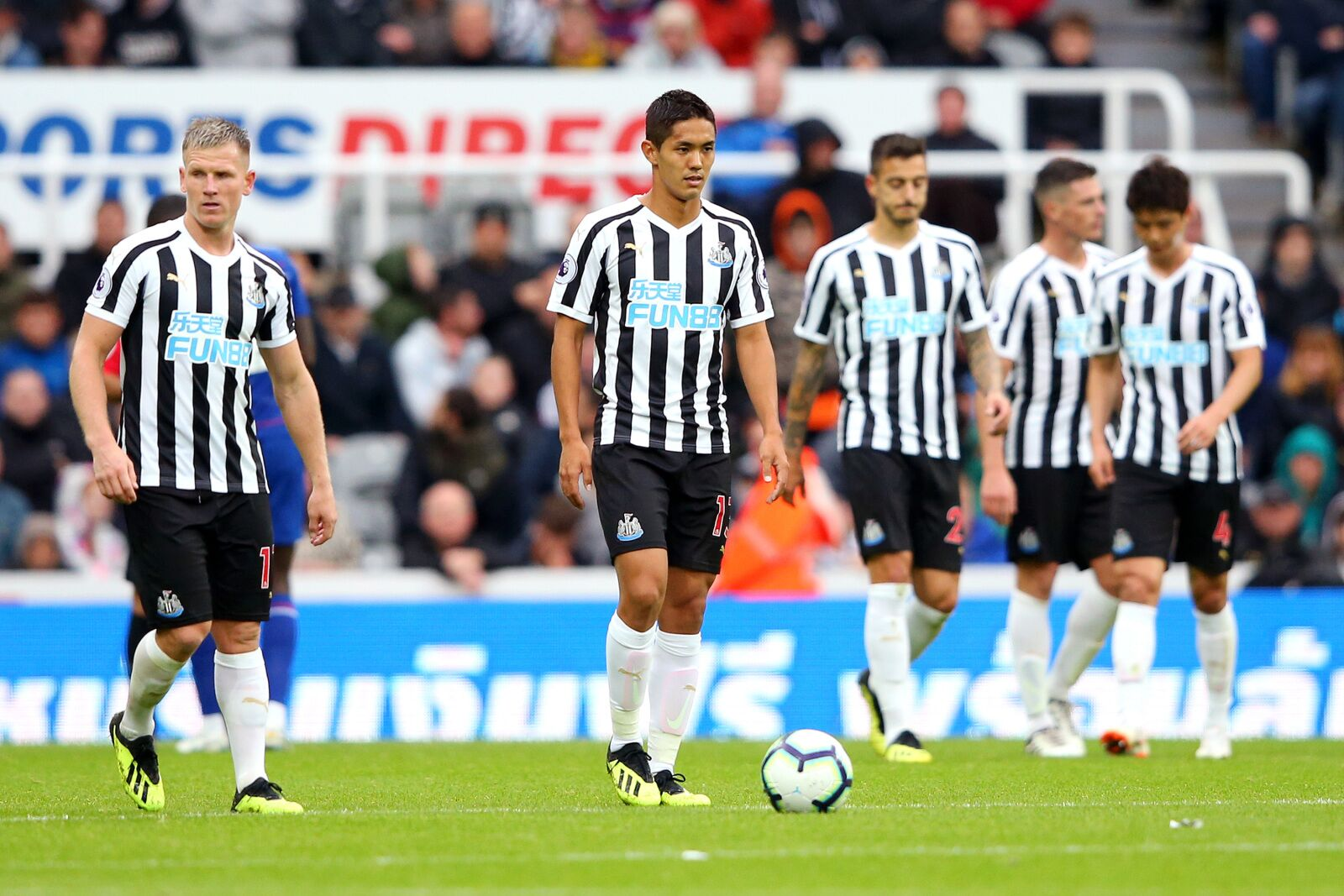Newcastle United Should Go All Out Against Crystal Palace