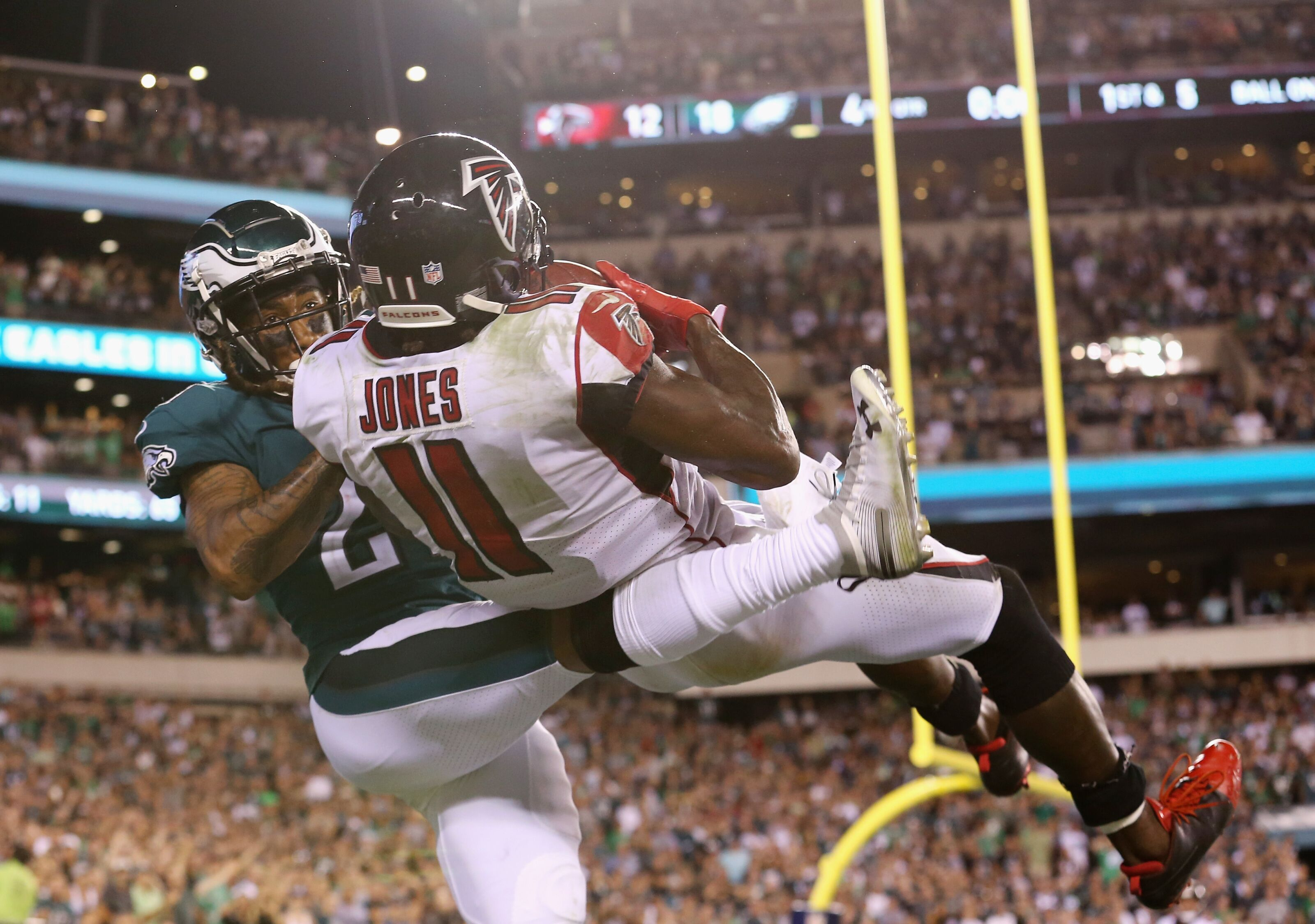 Atlanta Falcons: Is Julio Jones becoming an all-time great wide receiver?