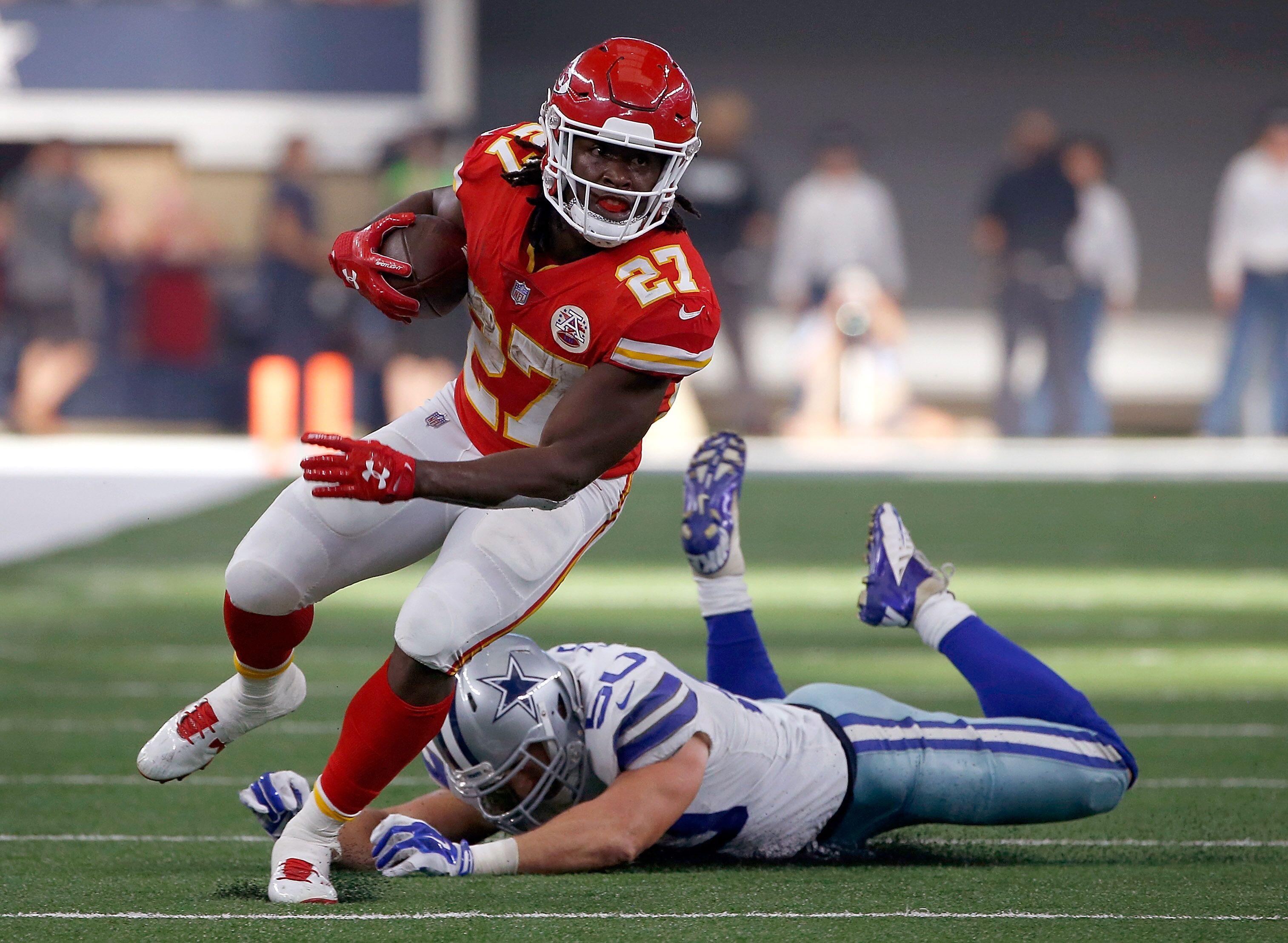 nfl running back The average age of running backs in nfl is 260 the following 23 running backs will be 29 or older on opening day youth is a factor in long-term fantasy football performance.