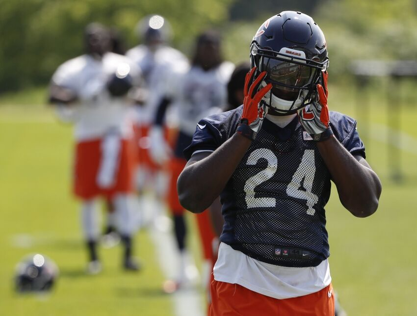 Chicago Bears  Training Camp Rookie Progress Reports - Page 2 991f18985