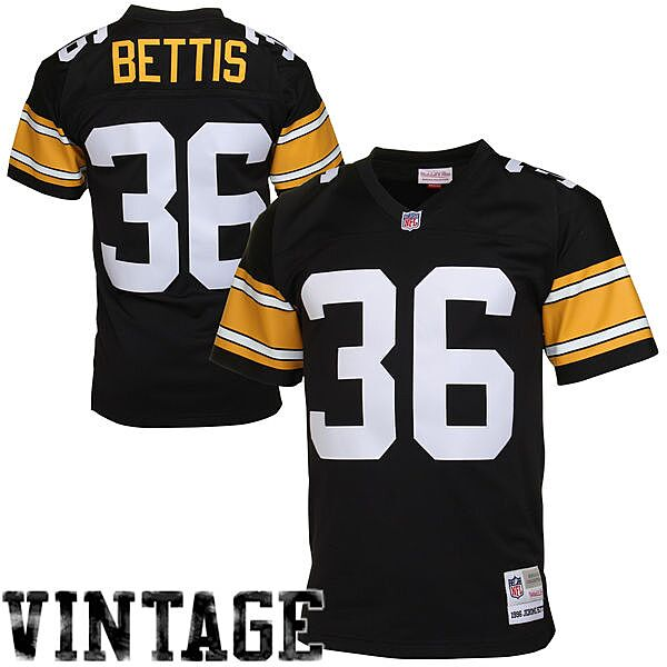 online retailer 14008 0b1f7 NFL Throwback Jersey Gift Guide For All 32 Teams - Page 26