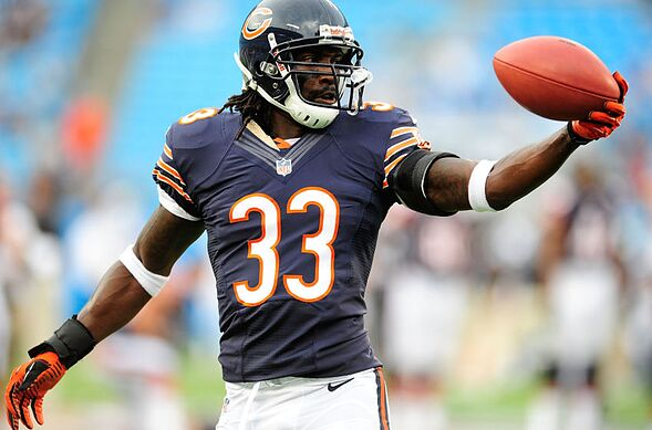 separation shoes 6014c 231d8 Chicago Bears: 5 Late Free-Agent Signings to Consider - Page 5