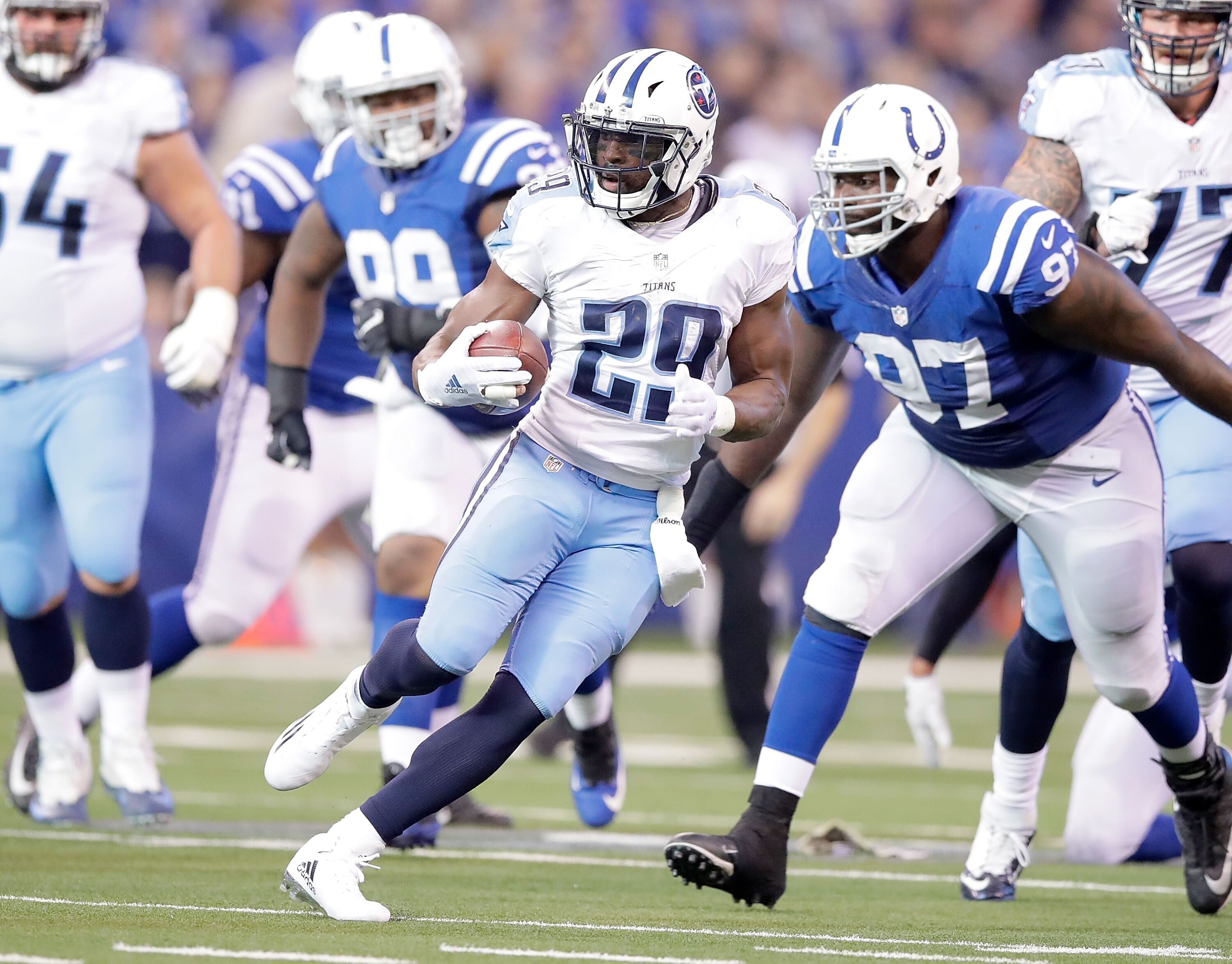 624663990-tennessee-titans-v-indianapolis-colts.jpg