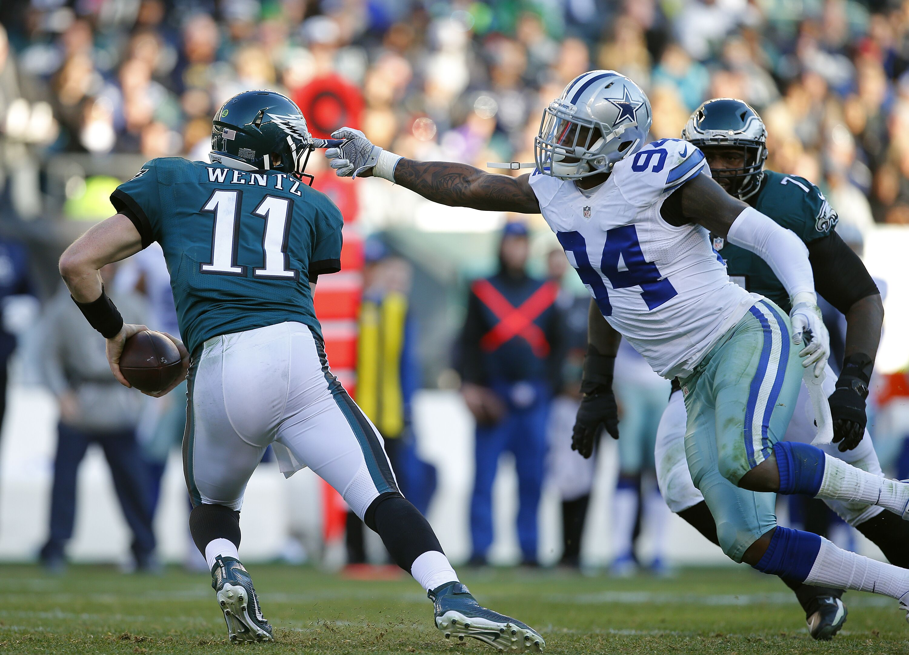 630771386-dallas-cowboys-v-philadelphia-eagles.jpg