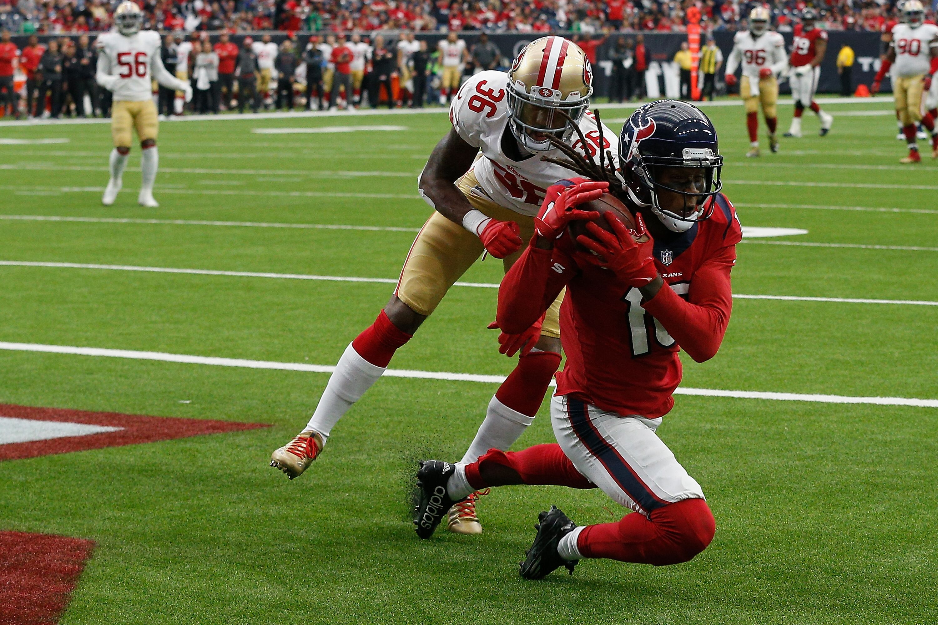 889644336-san-francisco-49ers-v-houston-texan.jpg
