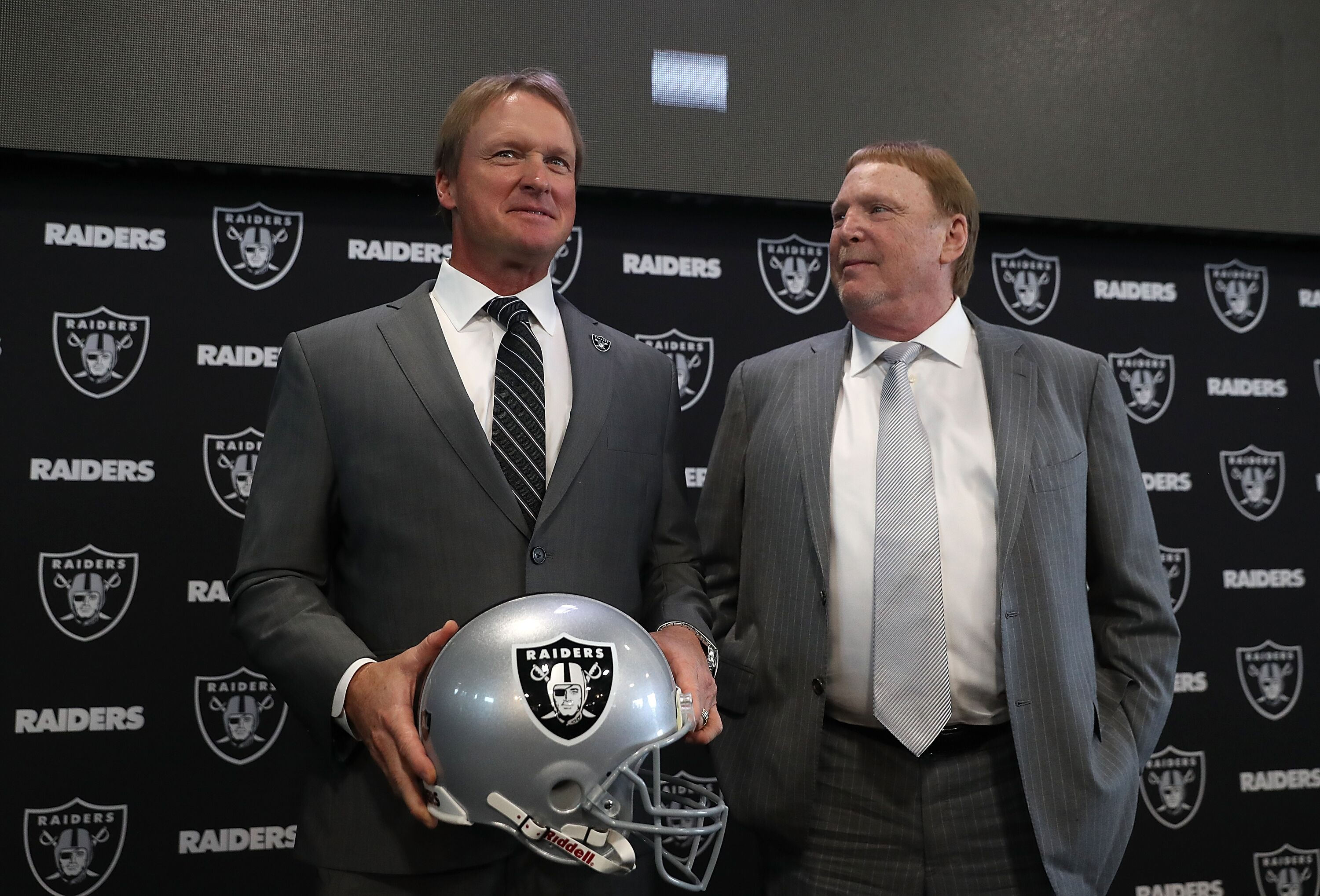 903066670-oakland-raiders-introduce-jon-gruden.jpg