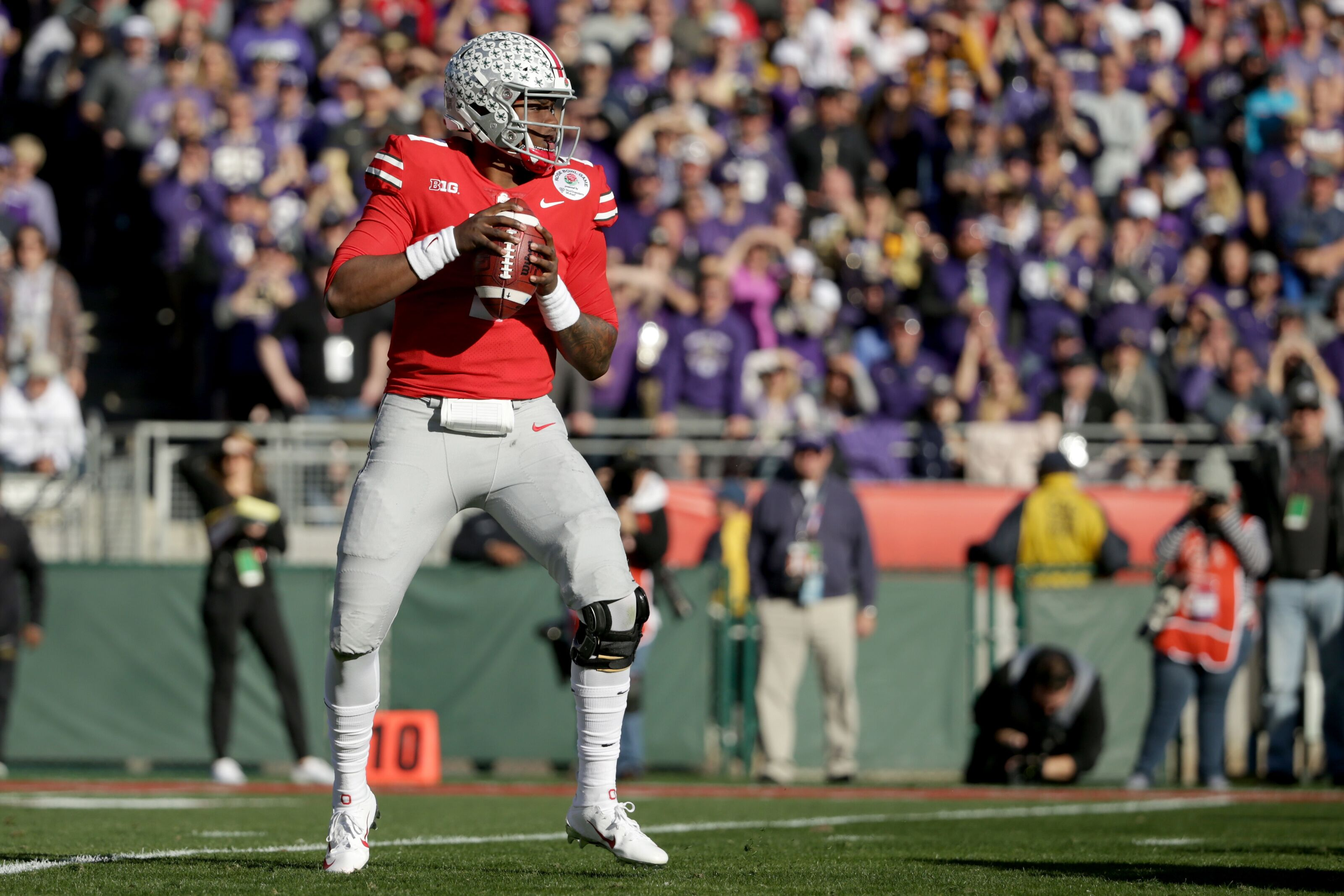 Washington Redskins: Pros and cons of trading up for Dwayne Haskins