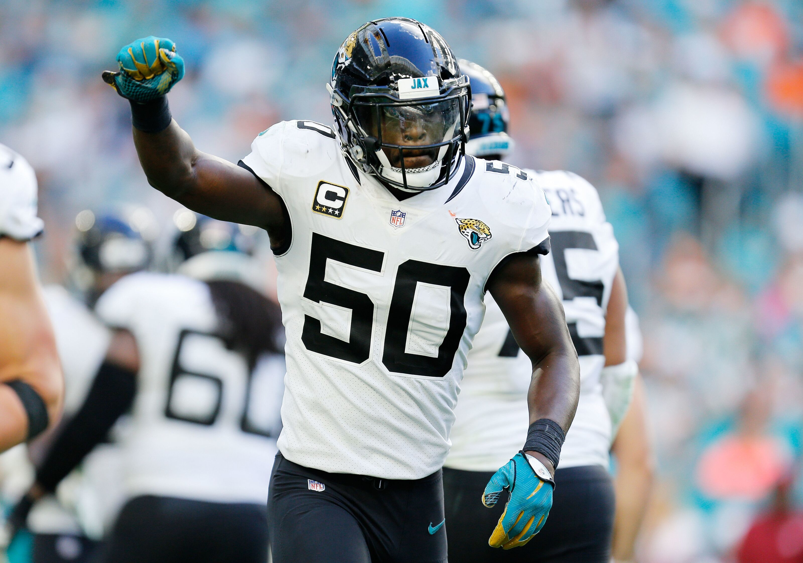 266e6445 Jacksonville Jaguars: Telvin Smith might want to pursue other things