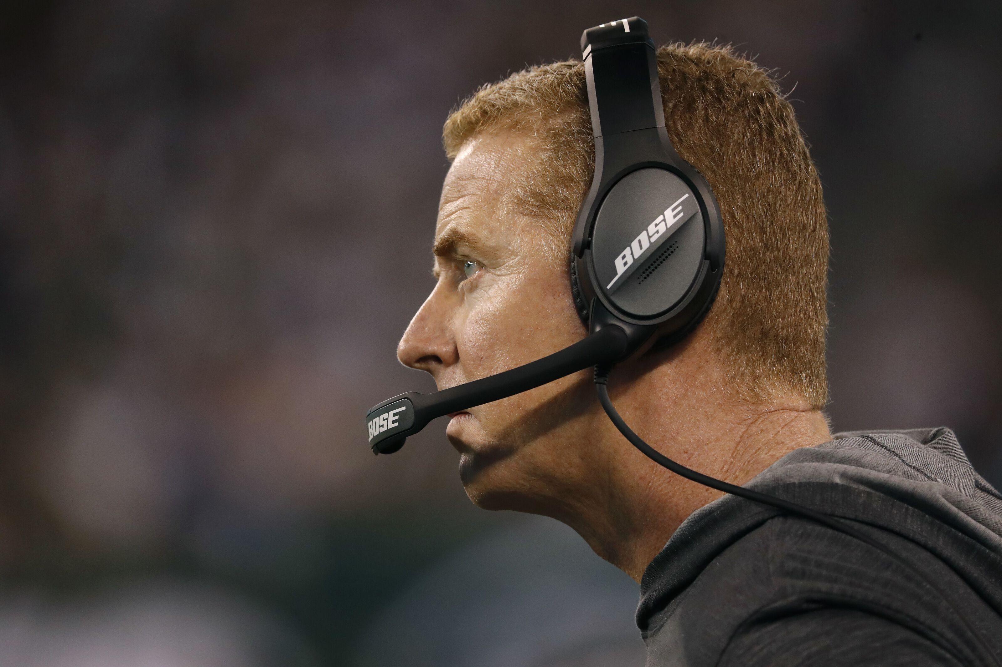 Dallas Cowboys: Has Jason Garrett lost the player's respect?