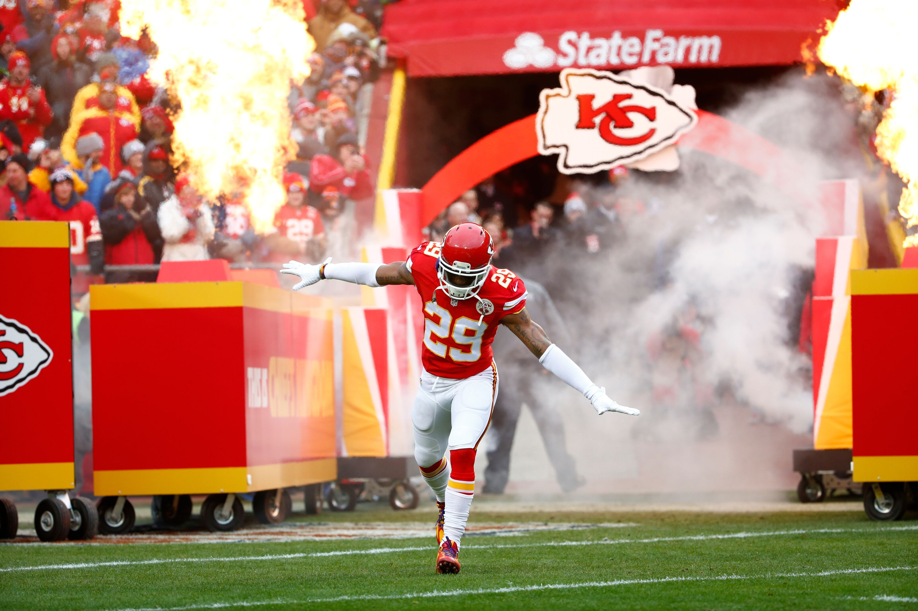 Indianapolis Colts: 4 Defensive free agents that should be targeted