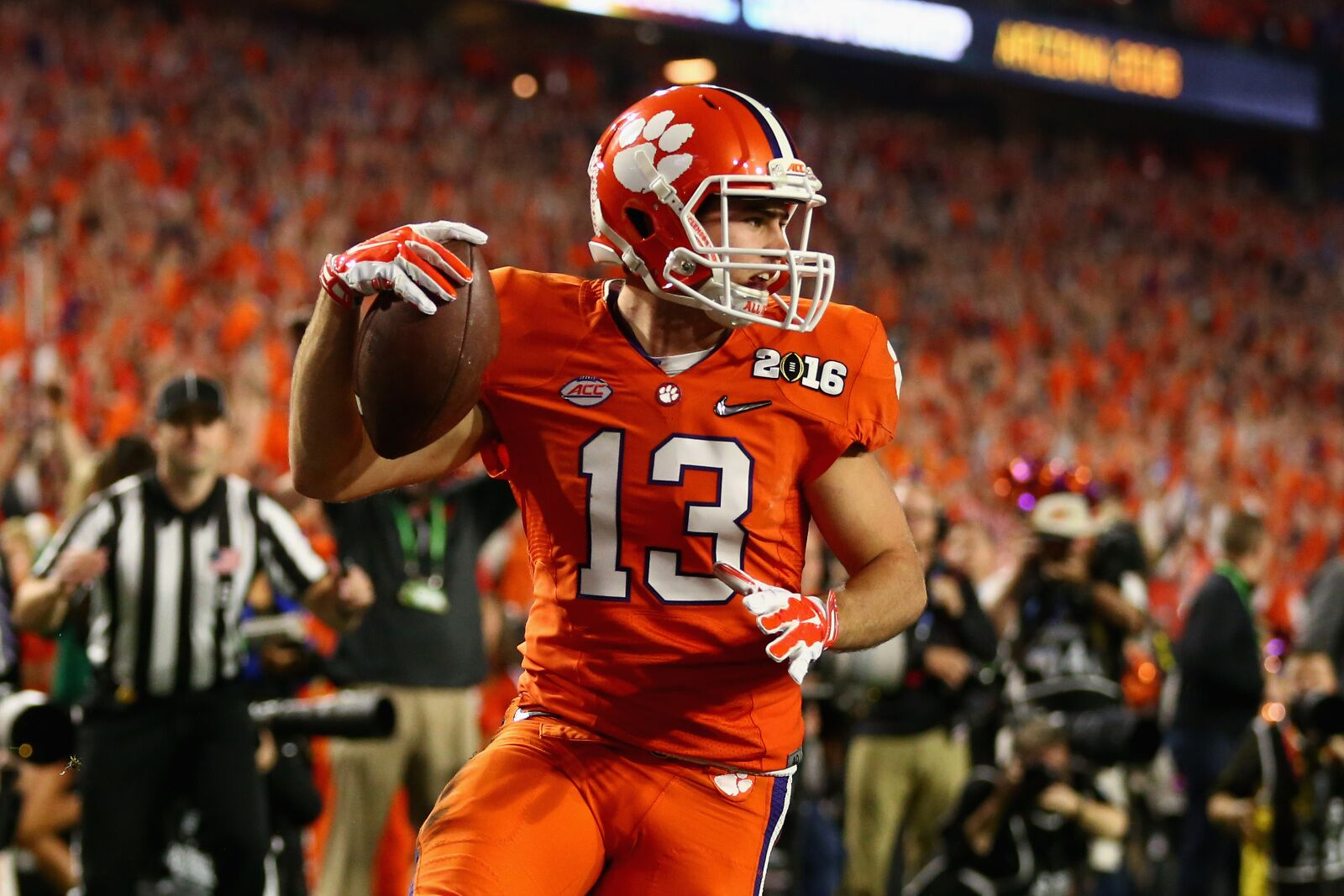 Oakland Raiders: Hunter Renfrow shines during spring practices